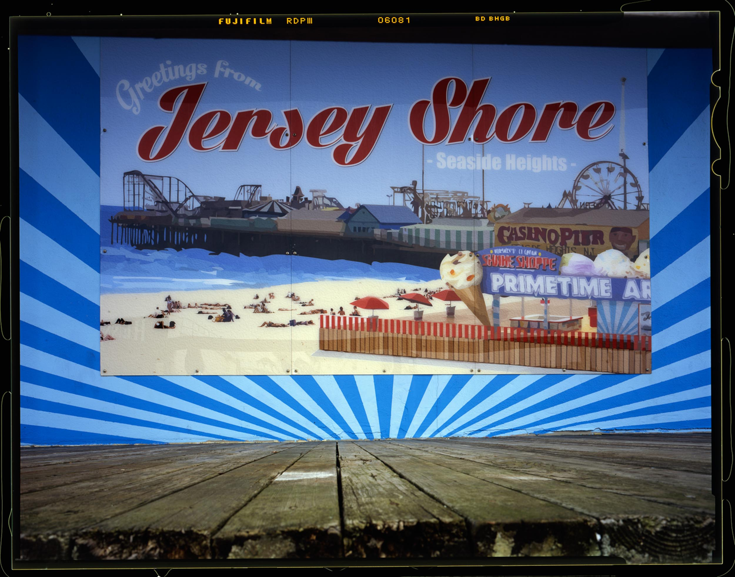 Greetings, Seaside, NJ 2014 4x5 Shen Hao.    This image helps transition into the actual season starting and people starting to visit the shore again from March till Labor Day.