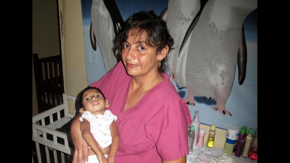 Restoring-Starving-Children-to-Health_03.jpg