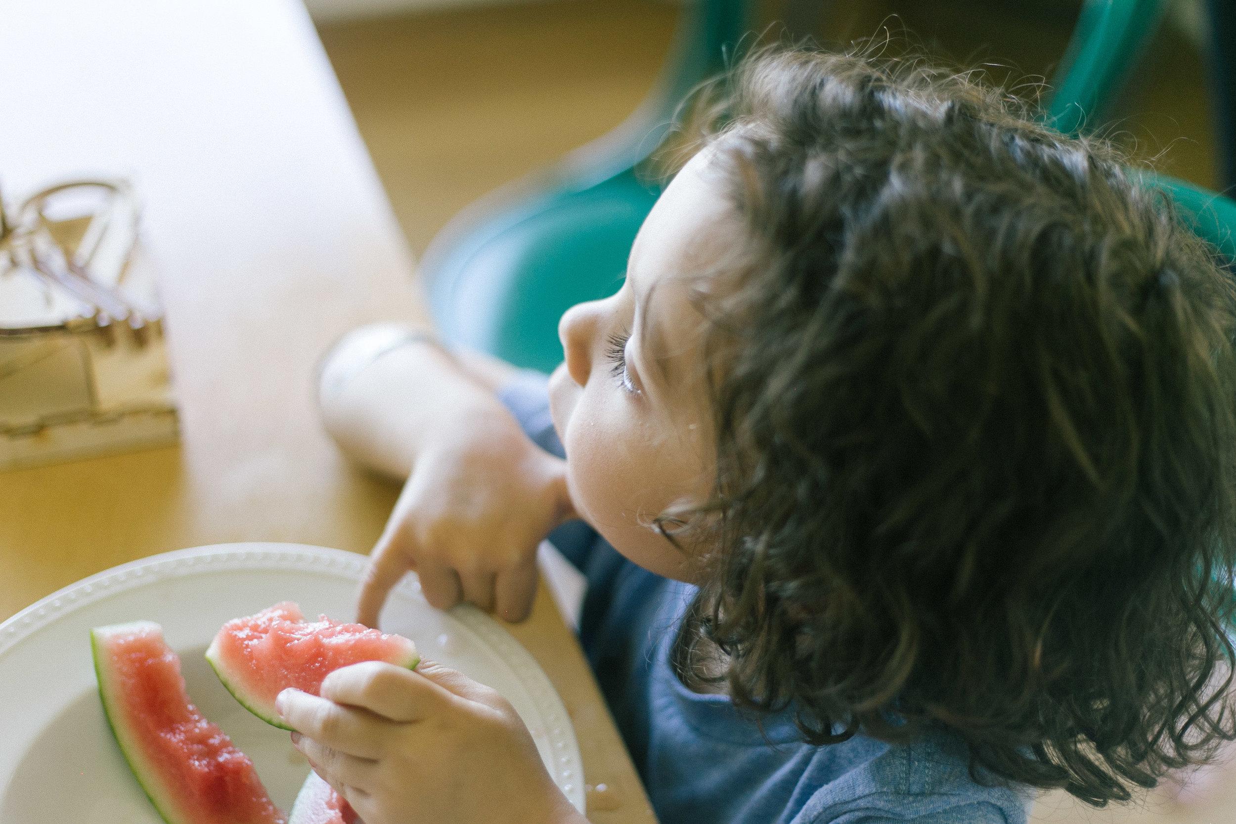 family portrait seattle photographer toddler kids bellevue lifestyle-10.jpg