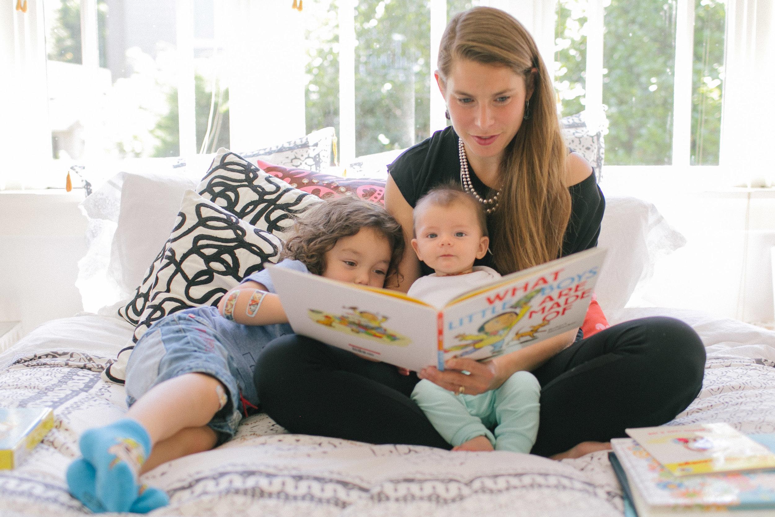 family portrait seattle photographer toddler kids bellevue lifestyle-4.jpg