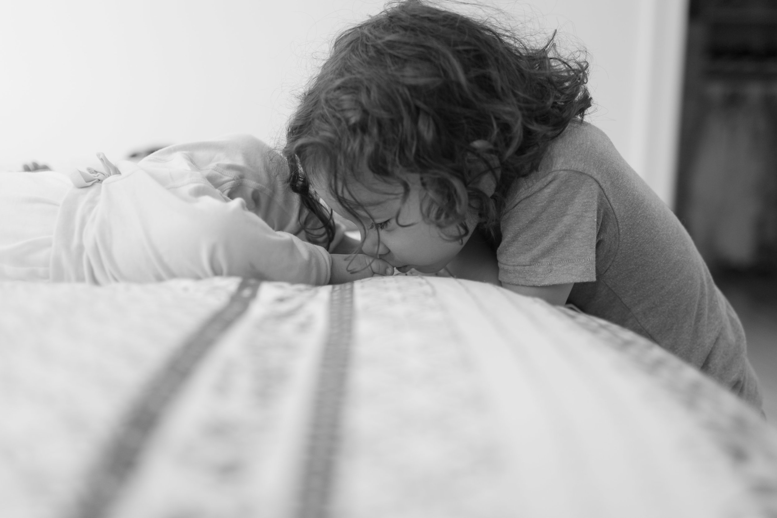 family portrait seattle photographer toddler kids bellevue lifestyle-2.jpg