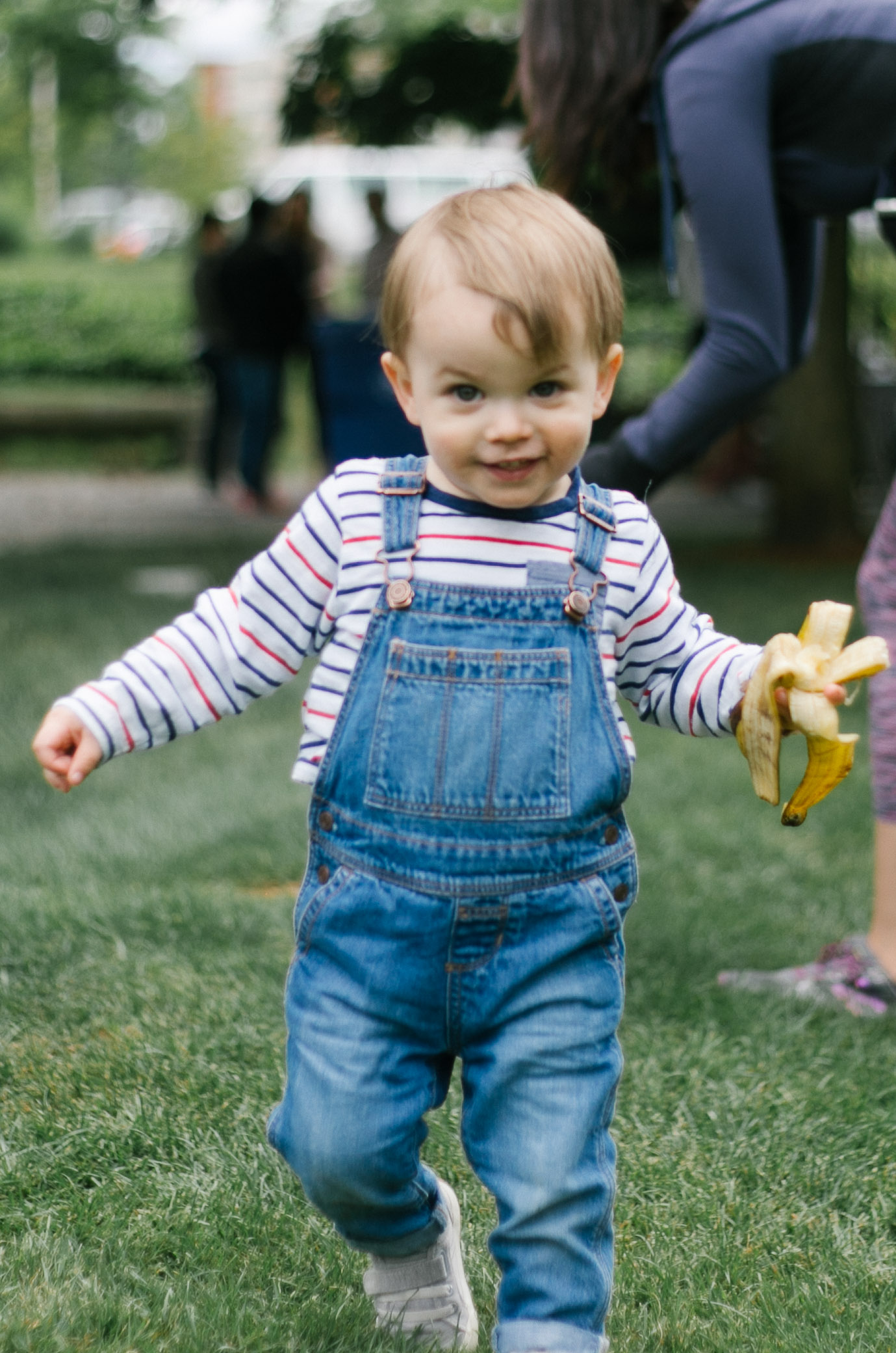 Fine art portraits of my child at the Redmond Farmer Market | Chelsea Macor Photography Seattle and Bellevue Family Photography-5.jpg