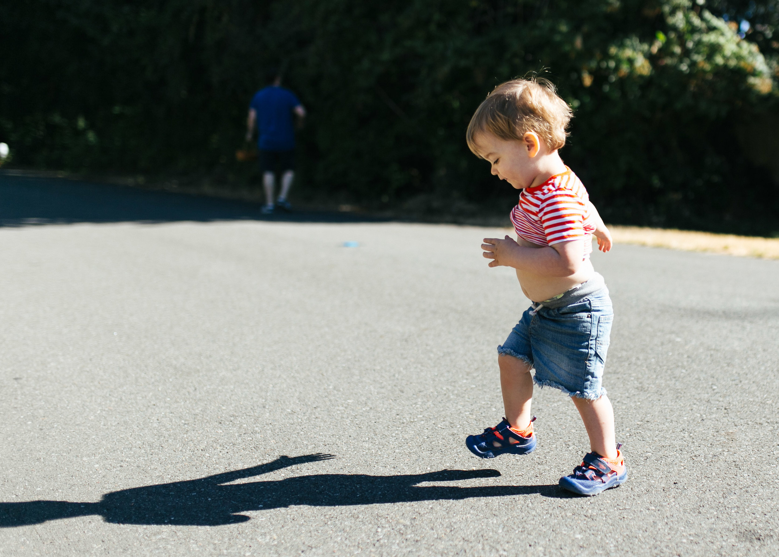 Family and kid portraits during the eclipse in Bellevue and Seattle WA-5.jpg