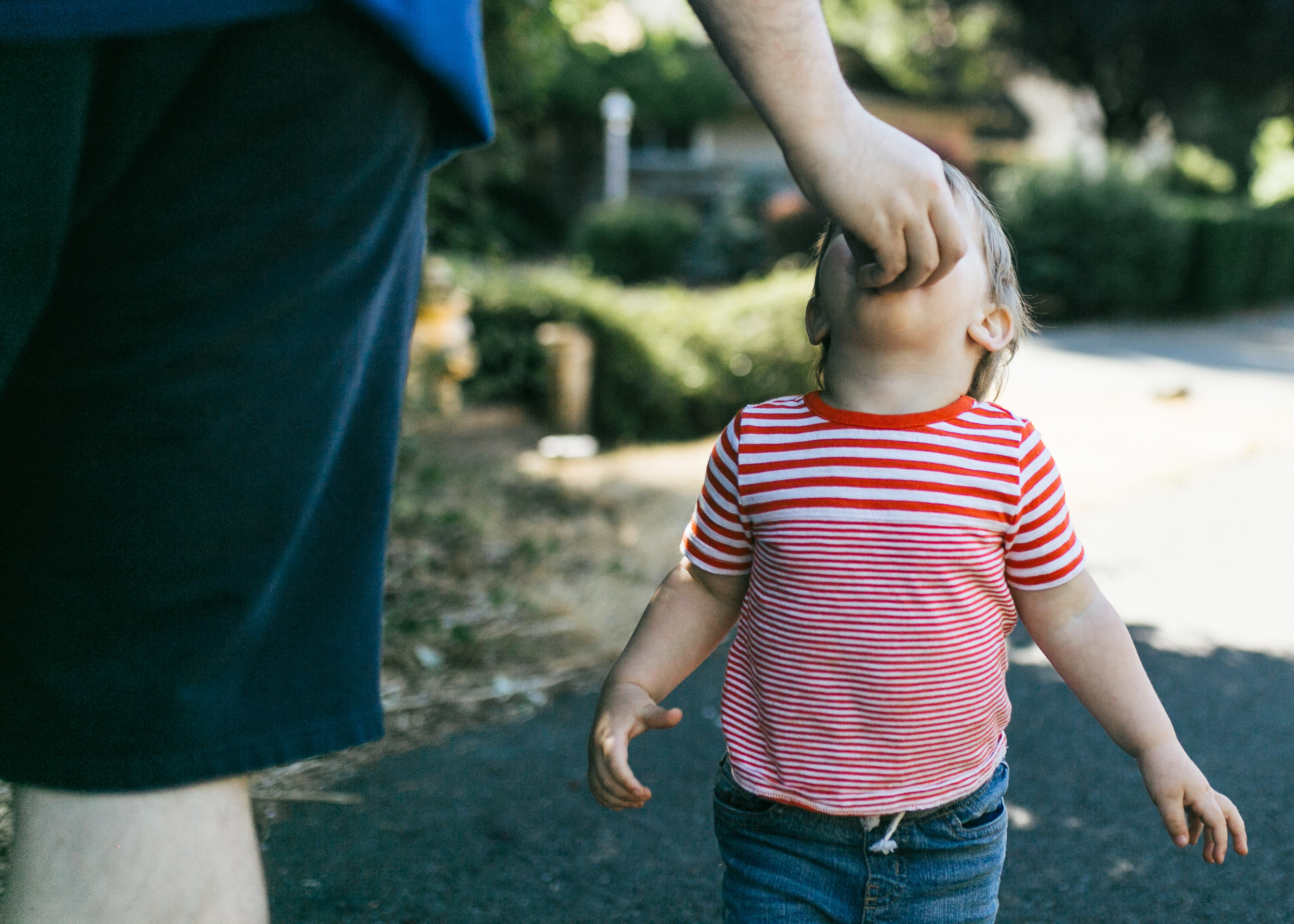 Family and kid portraits during the eclipse in Bellevue and Seattle WA-6.jpg