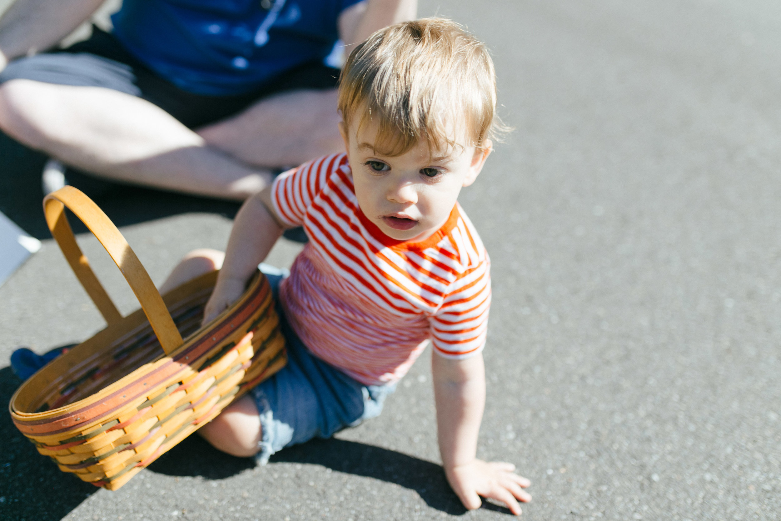 Family and kid portraits during the eclipse in Bellevue and Seattle WA-12.jpg