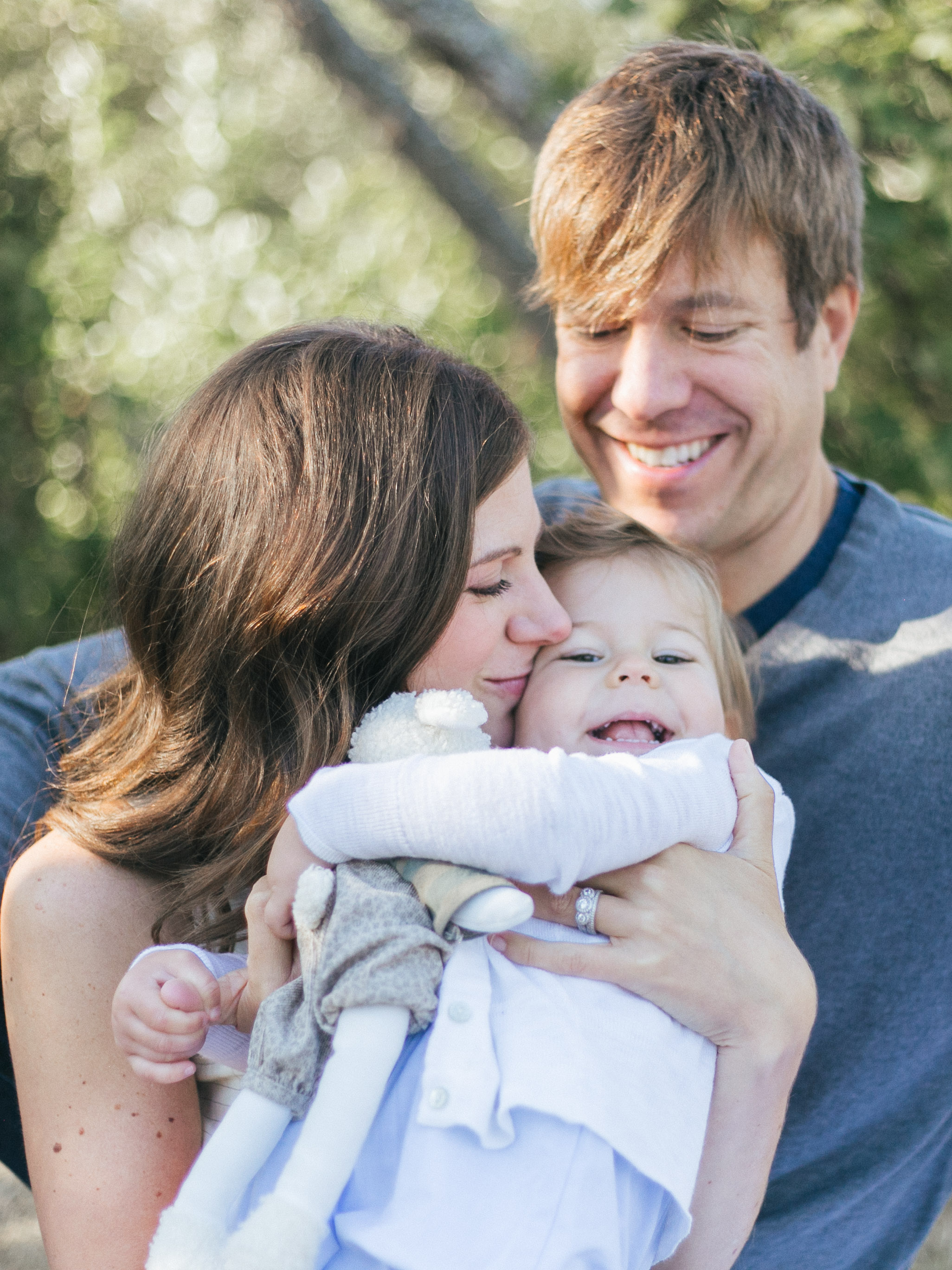 Bellevue Family Photos in Medina Park Chelsea Macor Photography Seattle Lifestyle Photographer-6.jpg
