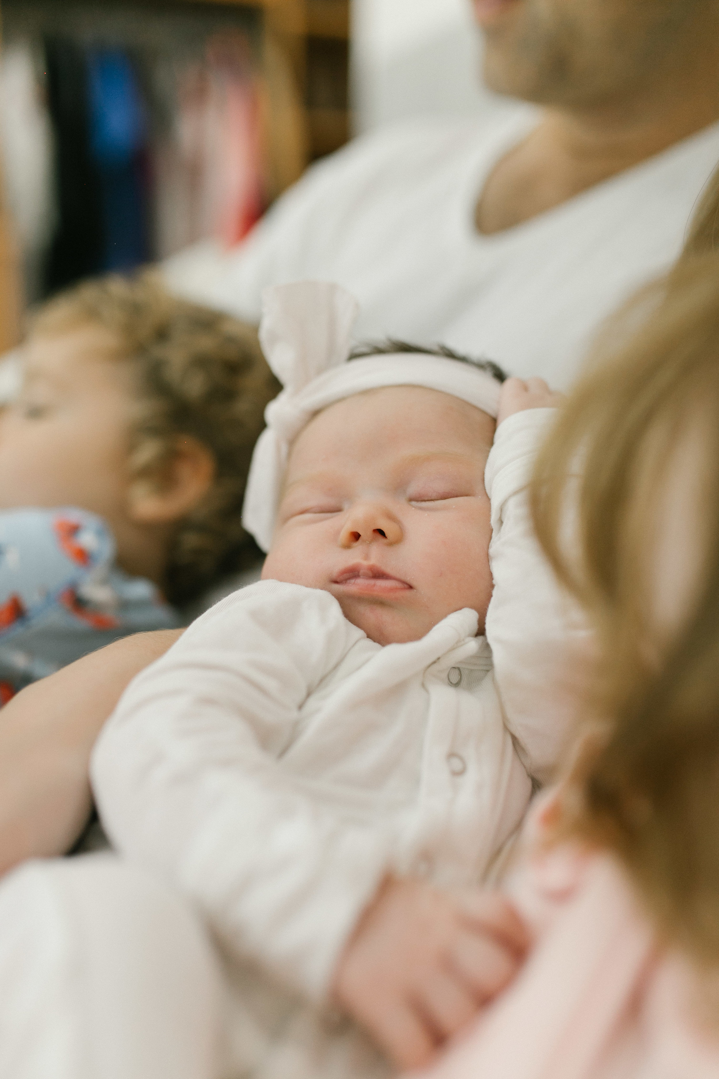 At Home Lifestyle Newborn And Family Photos | Chelsea Macor Photography-21.jpg