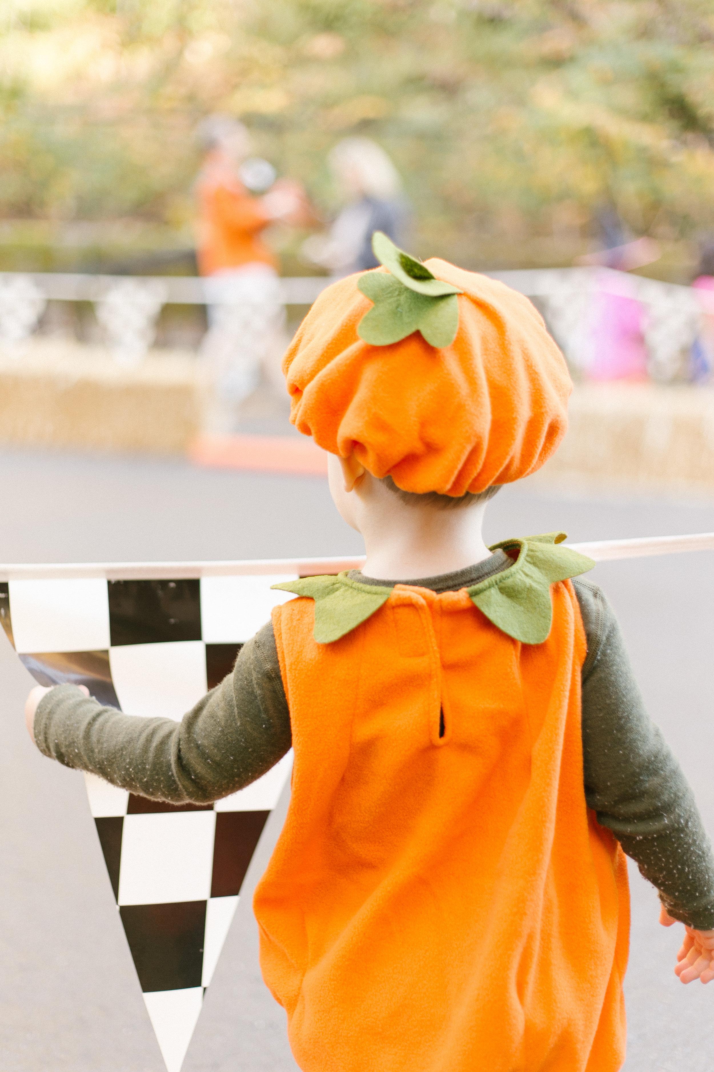Halloween Kid Portraits at Home | Chelsea Macor Photography-2.jpg