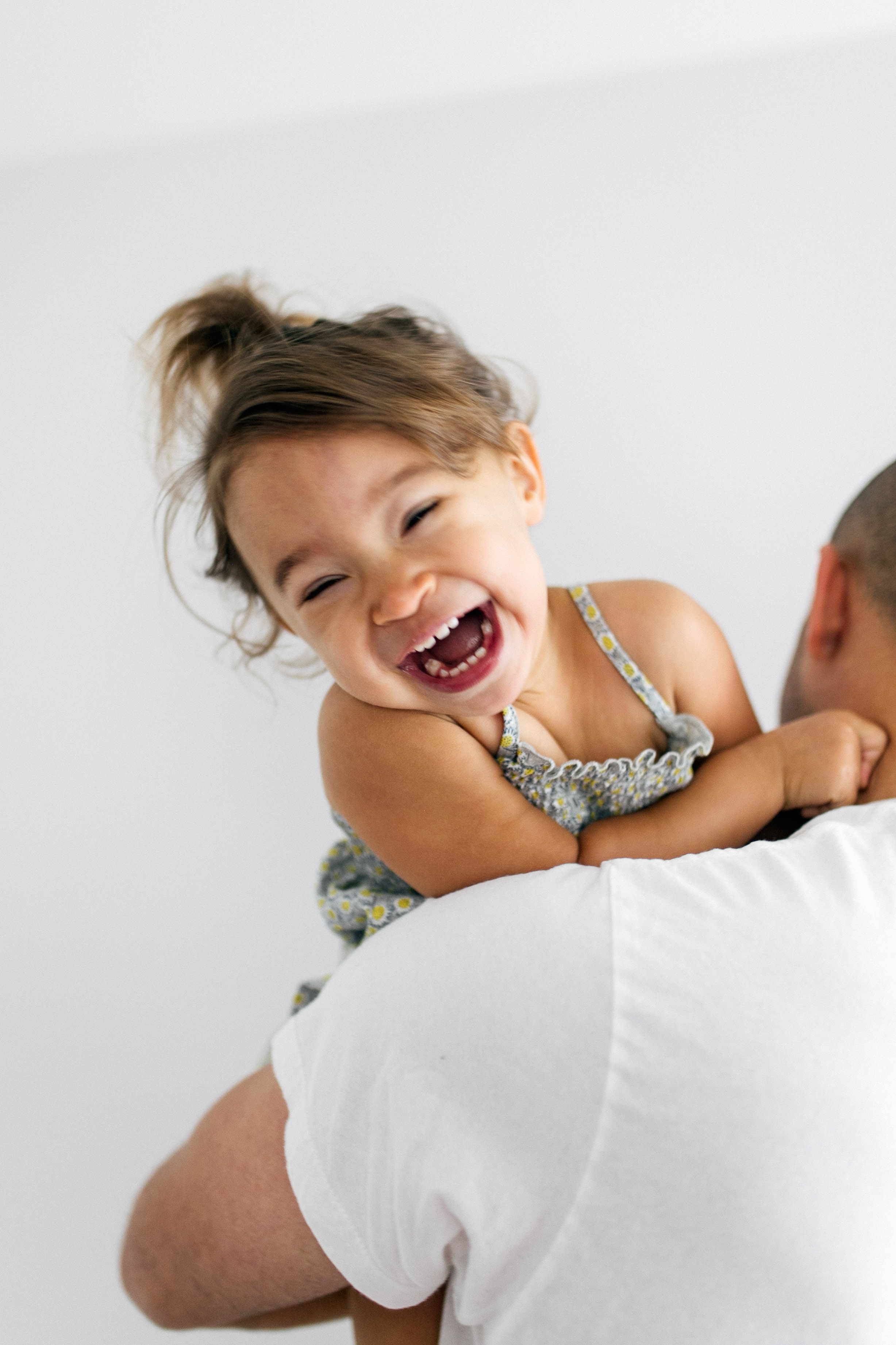 Newborn Family Session, Natural Light in Home, toddler in house lifestyle | Chelsea Macor Photography Seattle WA-14.jpg