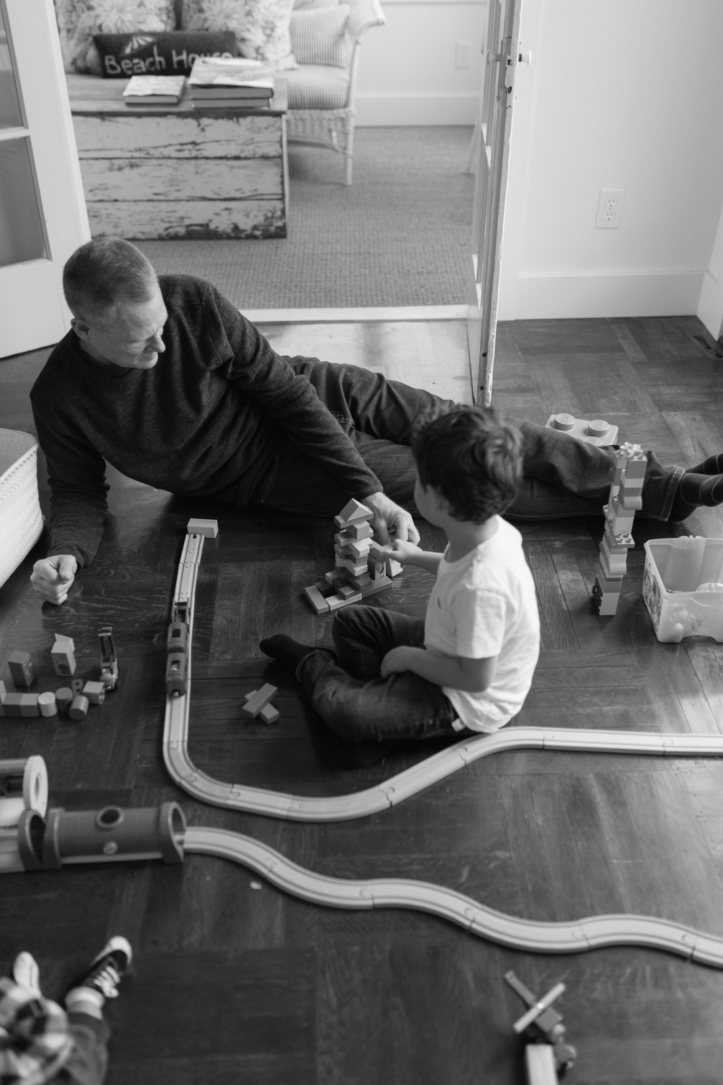 Lifestyle Family Photos at home on Vashon Island by Chelsea Macor Photography Seattle Washington Natural Light Photography-27.jpg