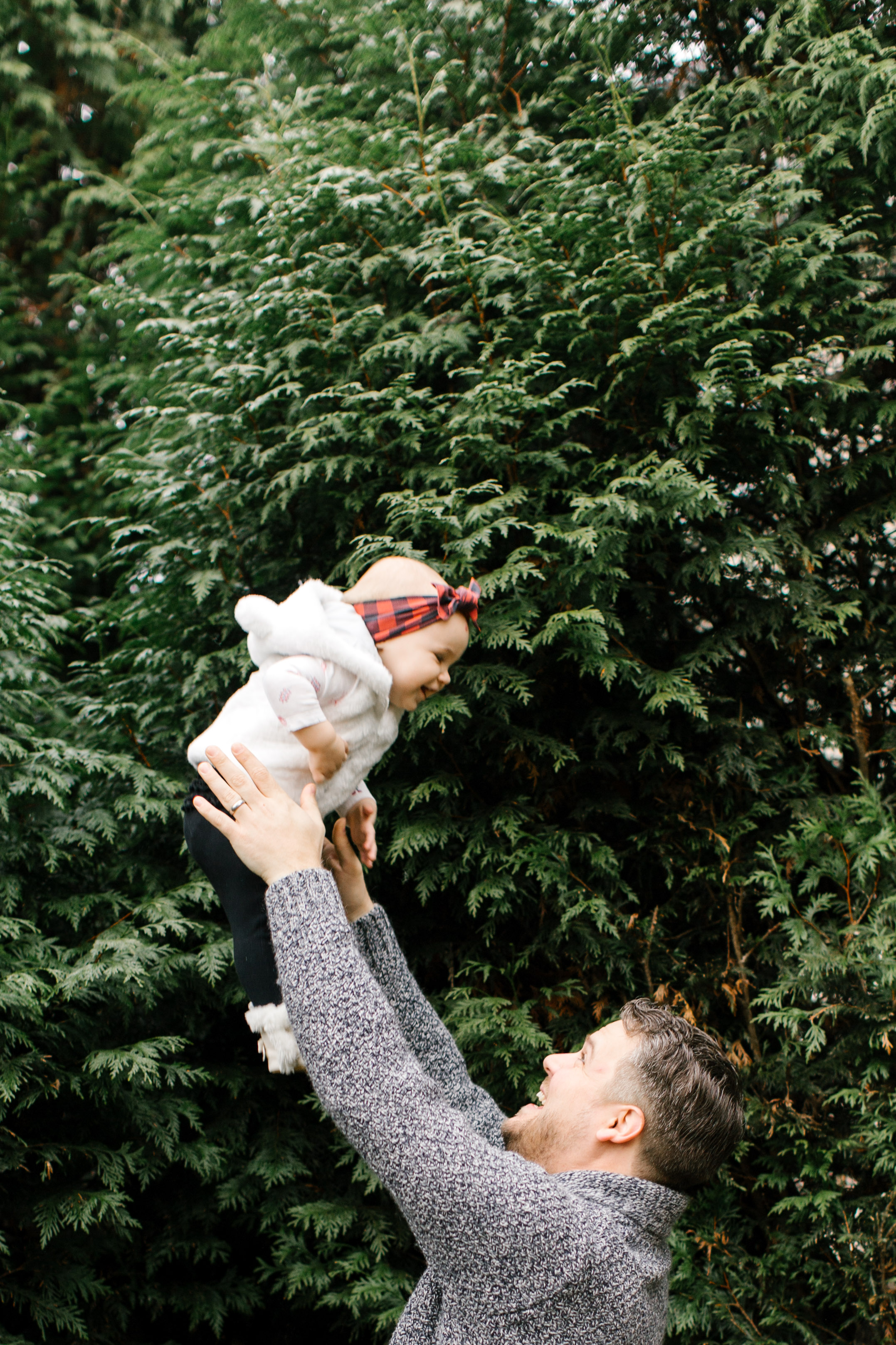 Natural light sweet family at home lifestlyle photography seattle bellevue kirkland WA Chelsea Macor Photography-28.jpg