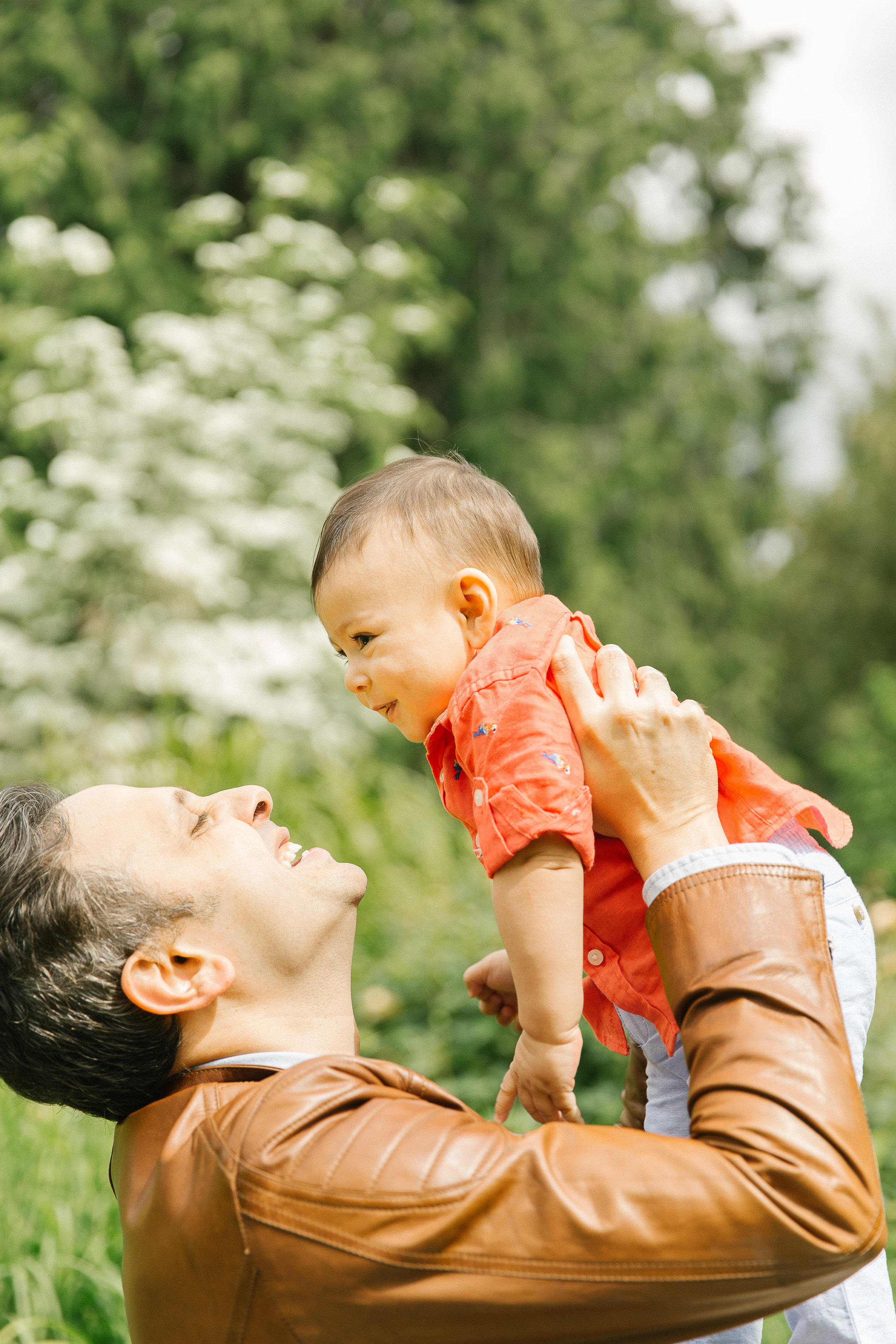 Family photos in the Bellevue Botanical Garden Seattle WA Chelsea Macor Photography-2.jpg
