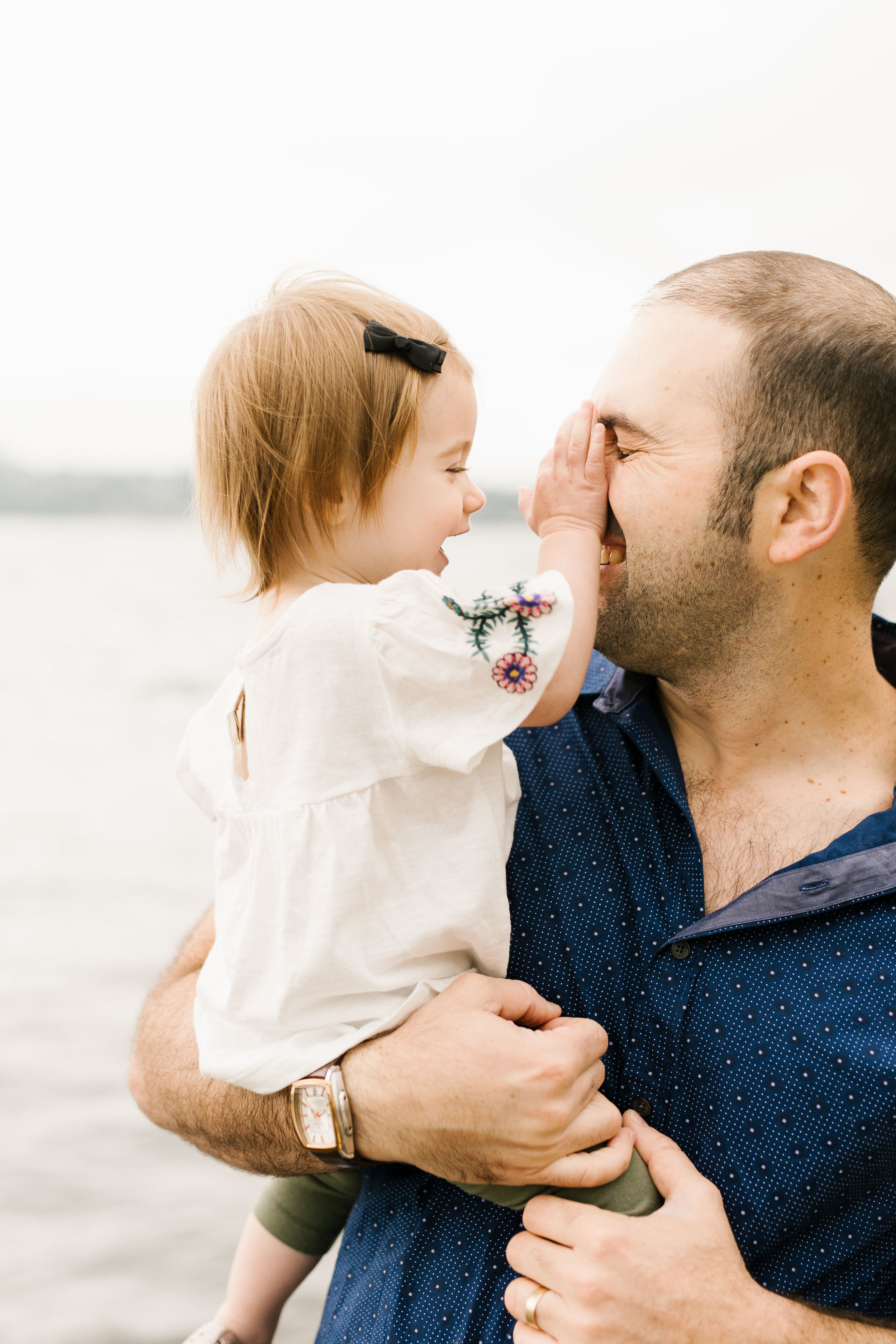 Family Photography Session on the Beach in Seattle Bellevue WA Natural Light Chelsea Macor Photography-13.jpg