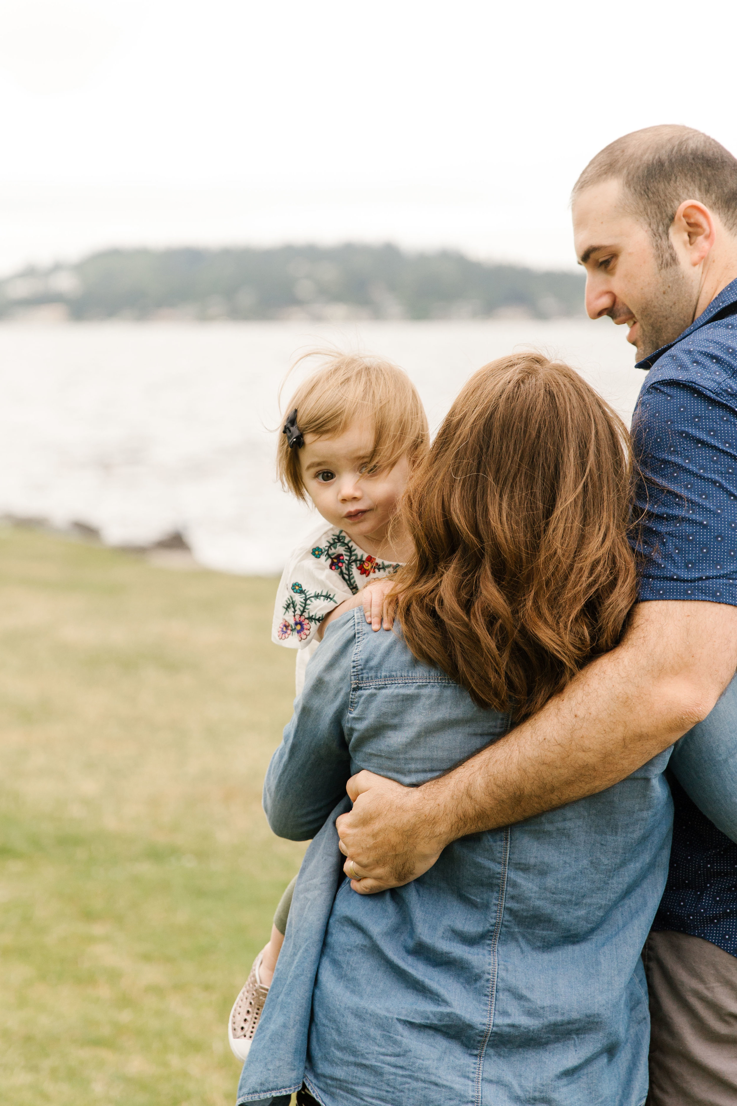 Family Photography Session on the Beach in Seattle Bellevue WA Natural Light Chelsea Macor Photography-19.jpg