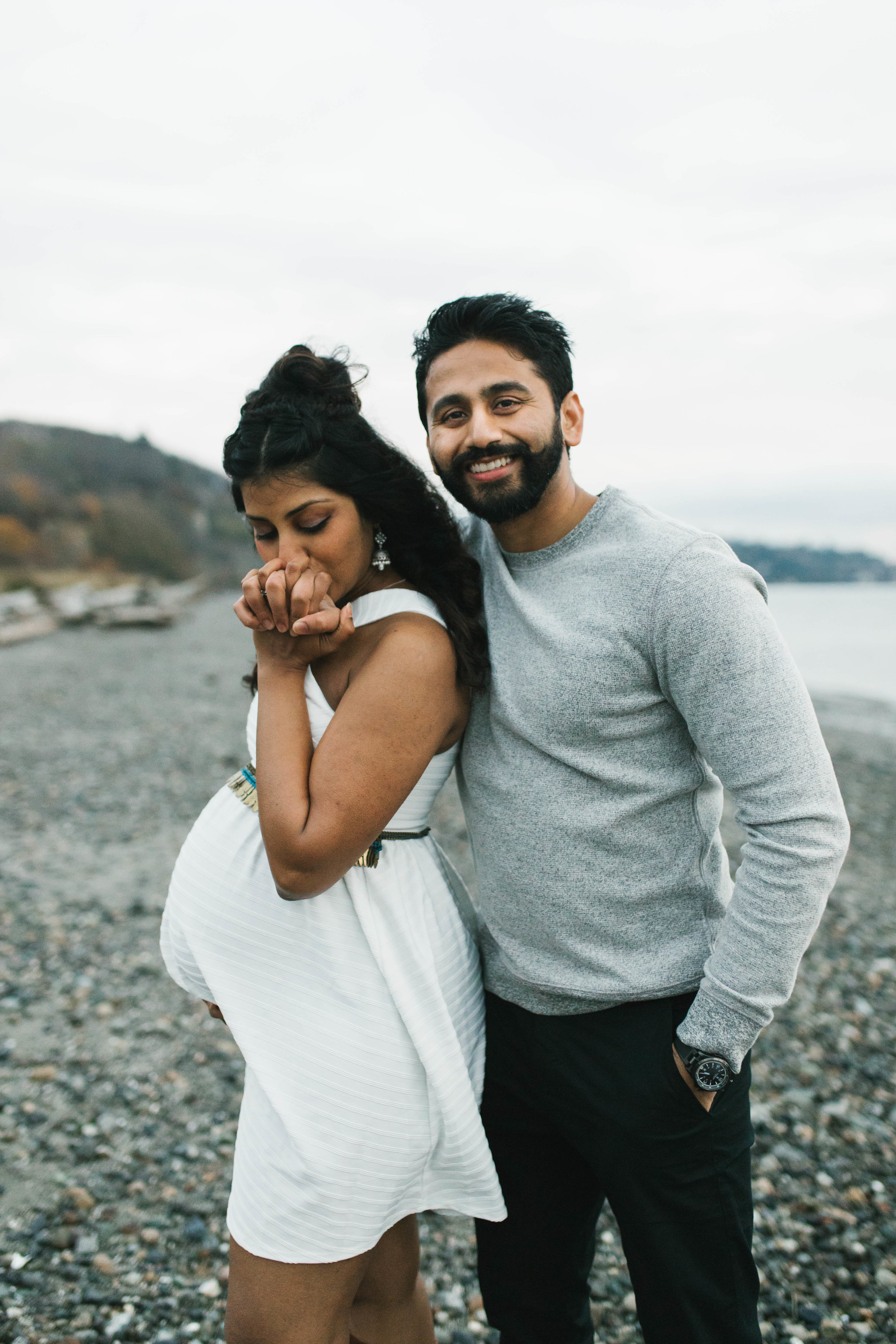 A moody natural light maternity session at Discovery Park in Seattle by Chelsea Macor Photography-20.jpg