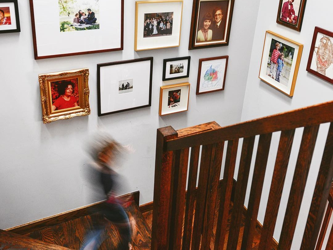 Ideas for How to Display Family Photos in Your House by Seattle Family Photographer Chelsea Macor Photography