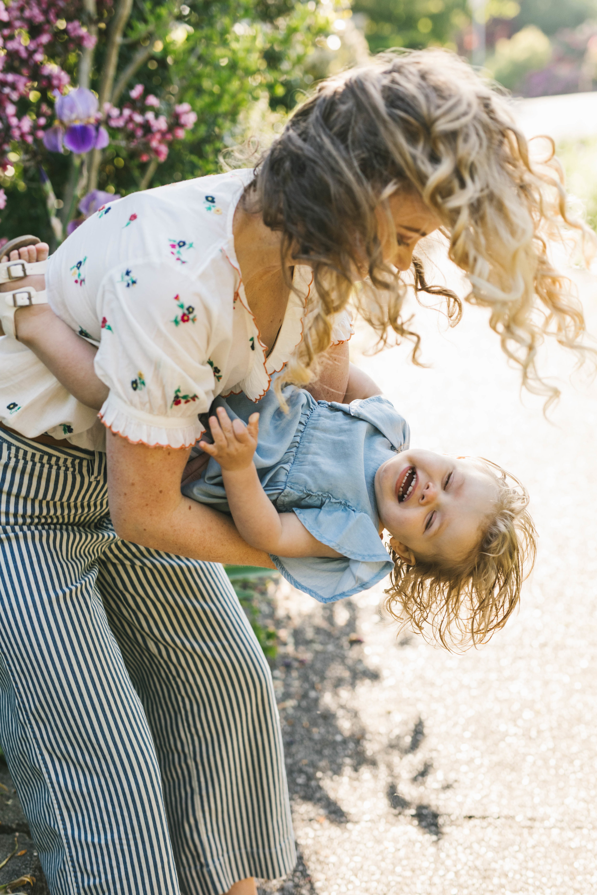 An in-home mother and daughter photography session in Seattle. Beautiful photos can be made with the grumpiest of toddlers. Photos of Brooke Eide and Prim from Chelsea Macor Photography. #seattlefamilyphotography #seattlenewbornphotography #seattlemotherdaughterphotos #mommyandme #lifestylephotography
