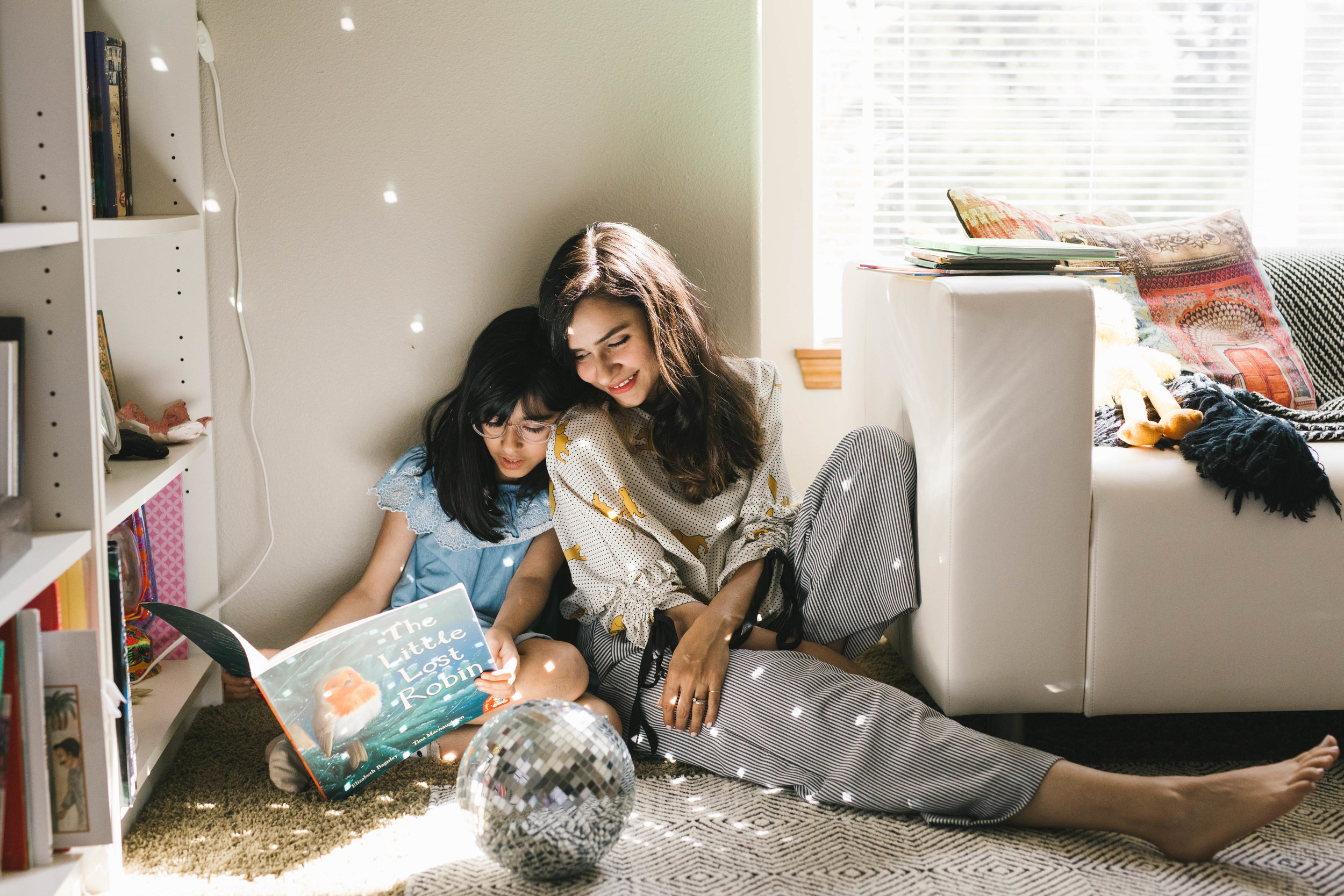 Mother and daughter photographs at their beautiful home near Seattle by Chelsea Macor Photography-13.jpg