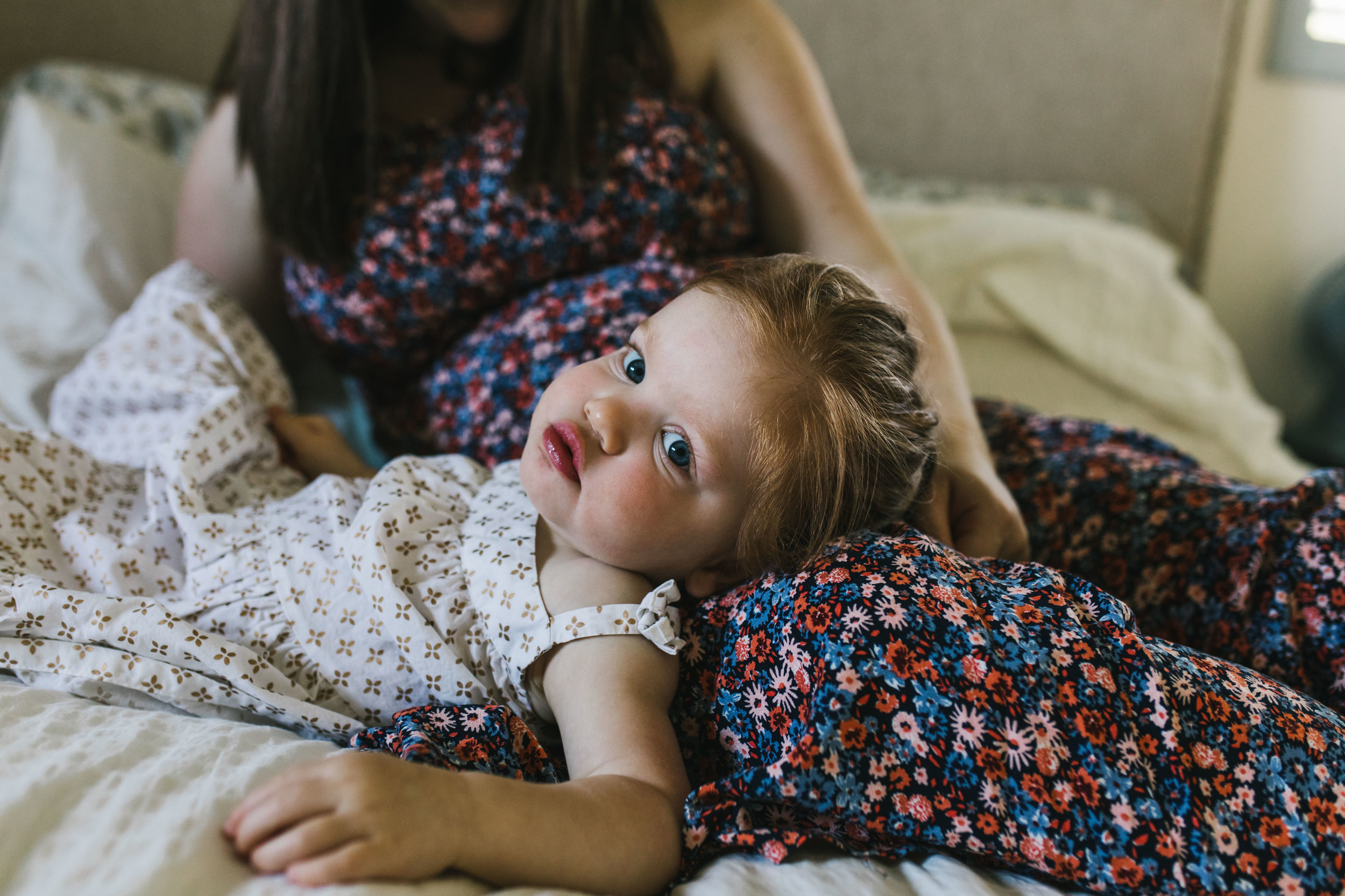 In-home maternity session with sweet family in Seattle with Chelsea Macor Photography-17.jpg