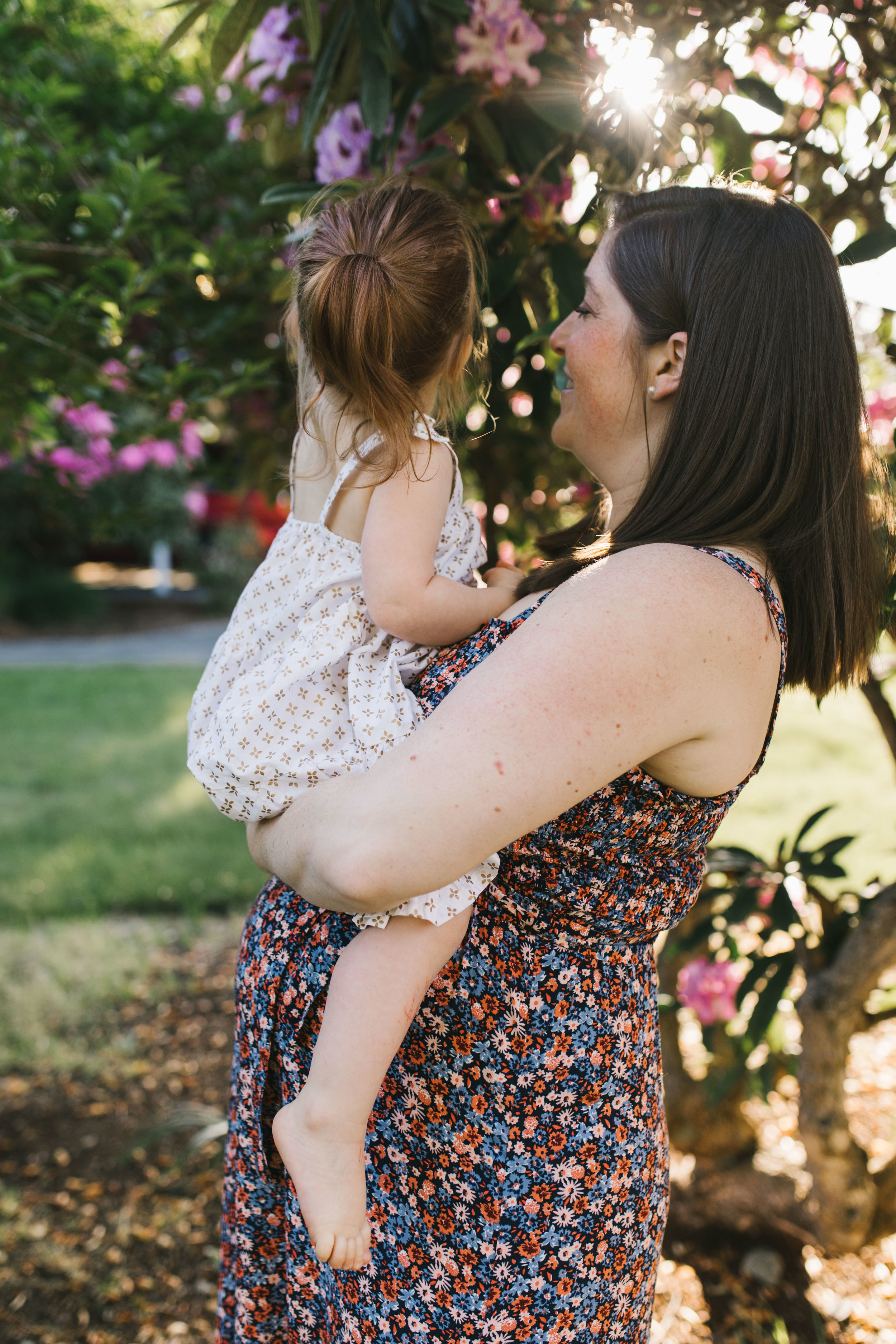 In-home maternity session with sweet family in Seattle with Chelsea Macor Photography-46.jpg