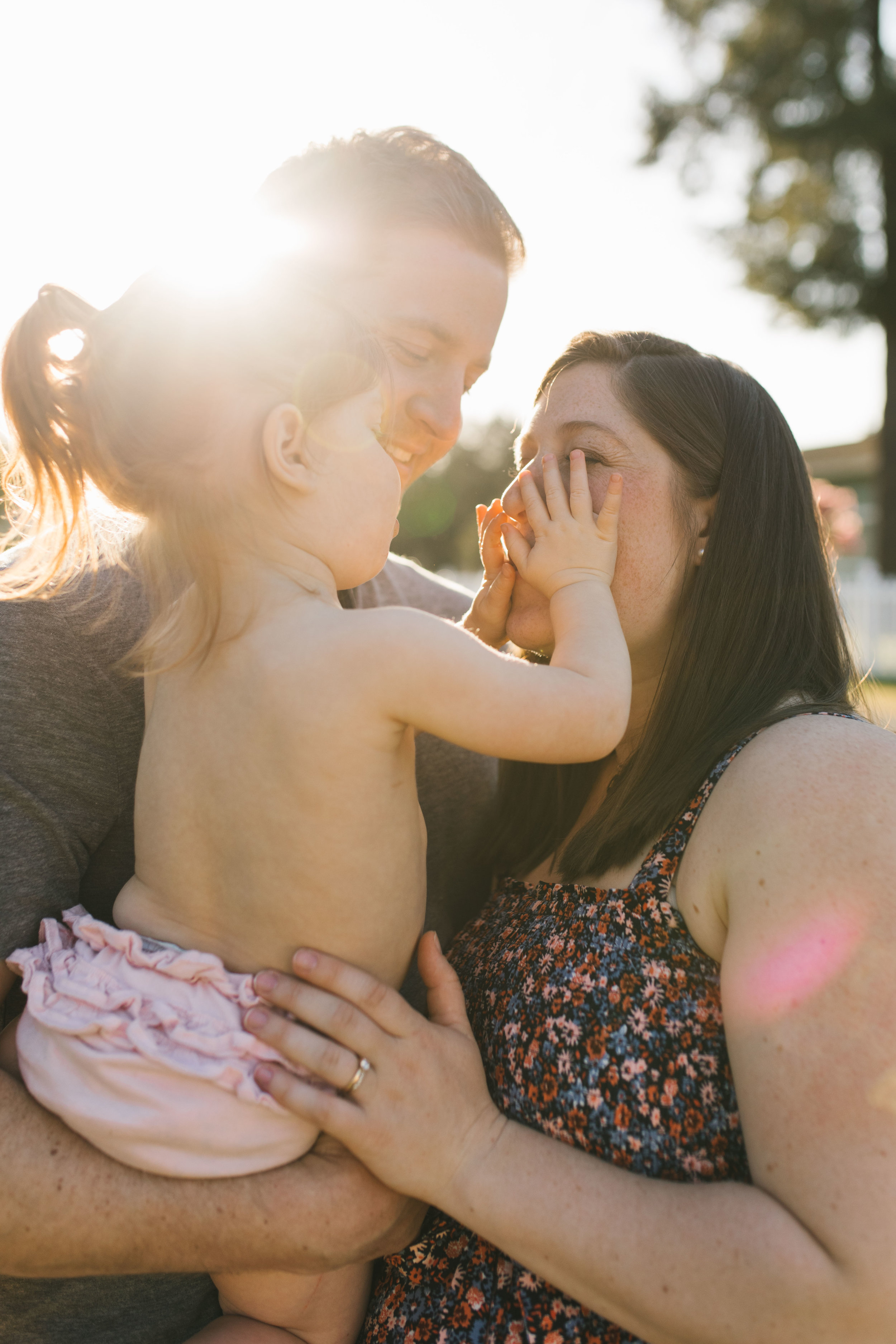 In-home maternity session with sweet family in Seattle with Chelsea Macor Photography-61.jpg