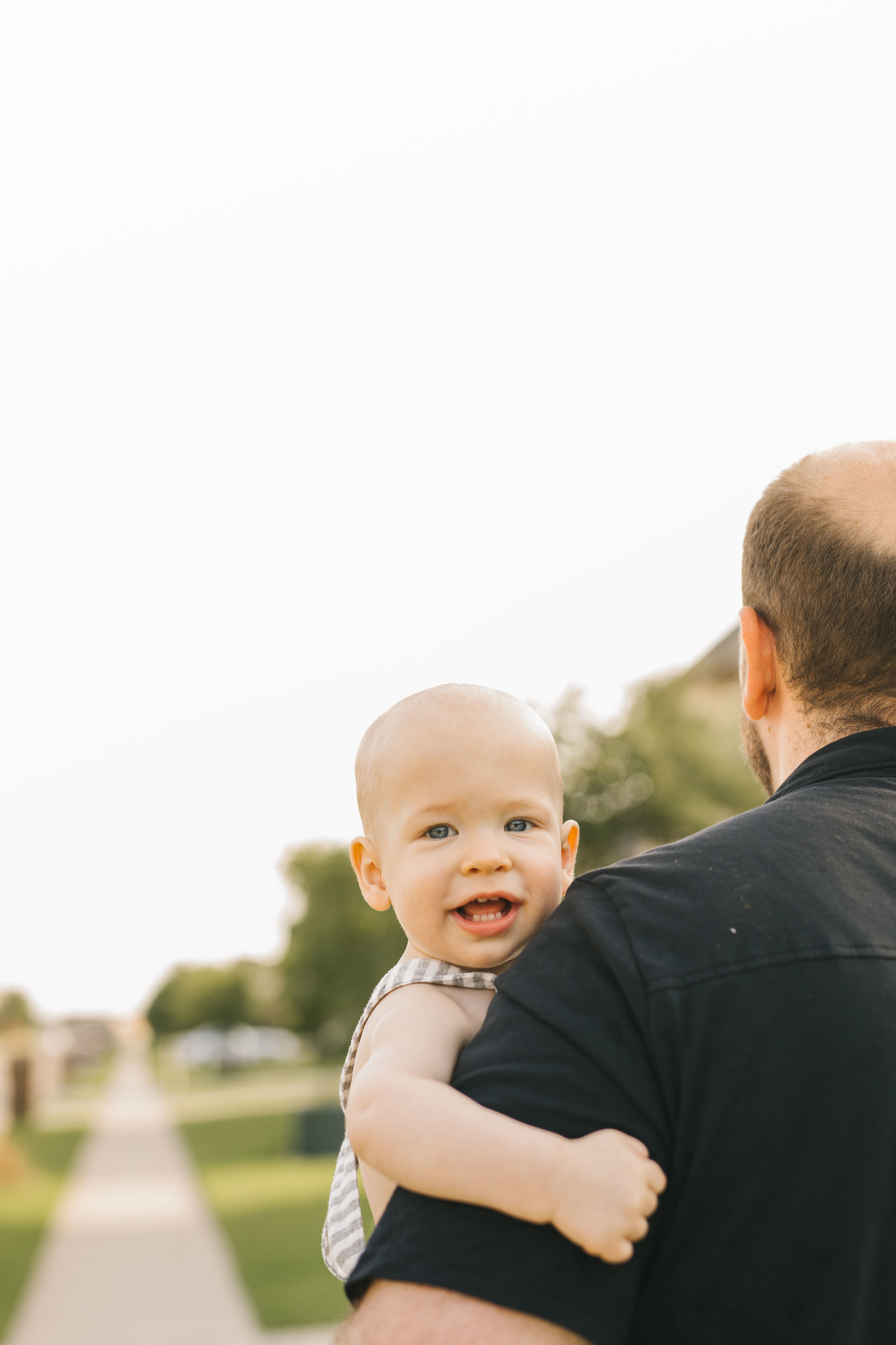 Dallas family session in-home and on a walk around the neighborhood with sweet family of four by Seattle family photographer Chelsea Macor Photography #seattlefamilyphotography #dallasfamilyphotography #inhomefamilyphotography