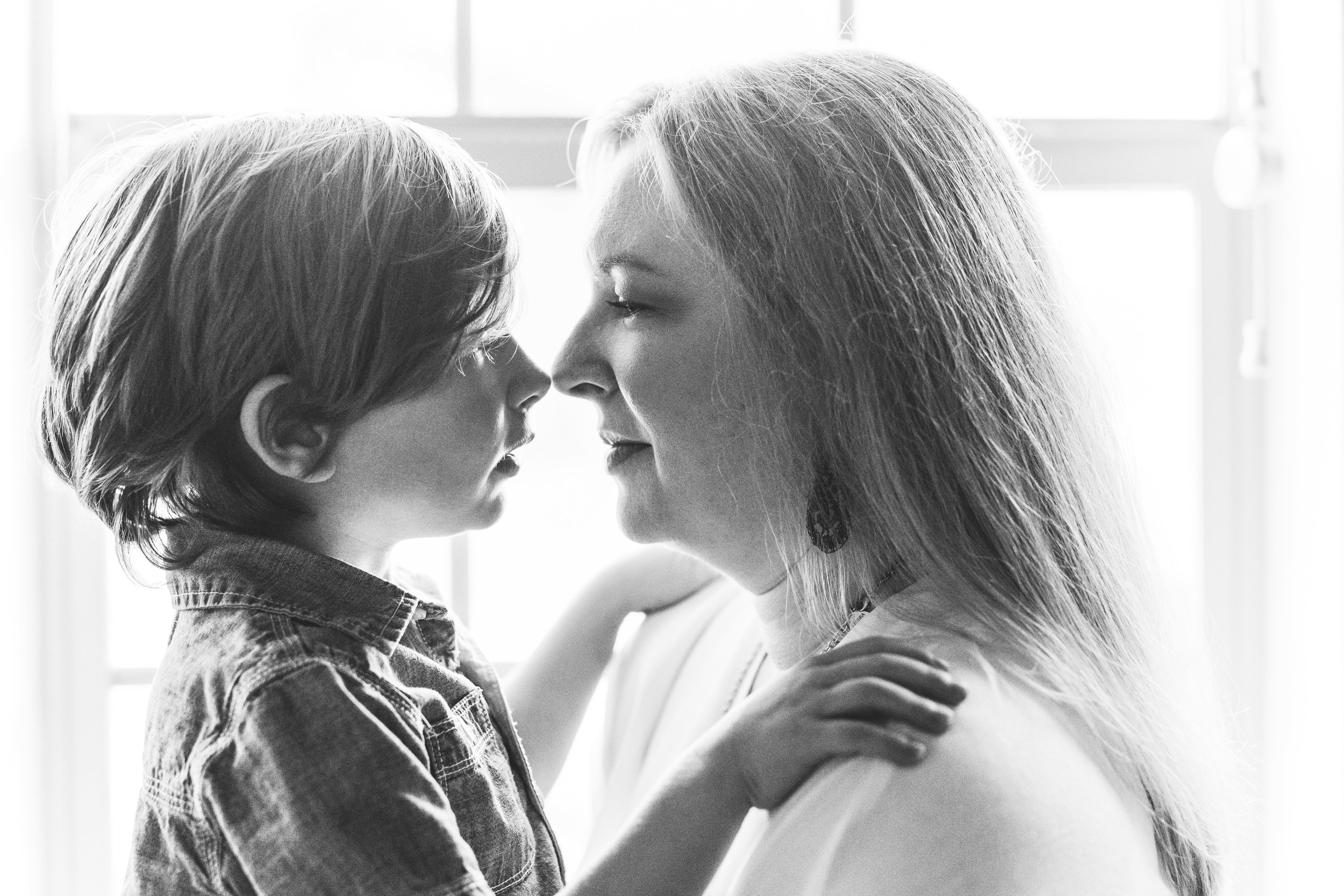 Dallas family session in-home and on a walk around the neighborhood with sweet family of four by Seattle family photographer Chelsea Macor Photography-32.jpg