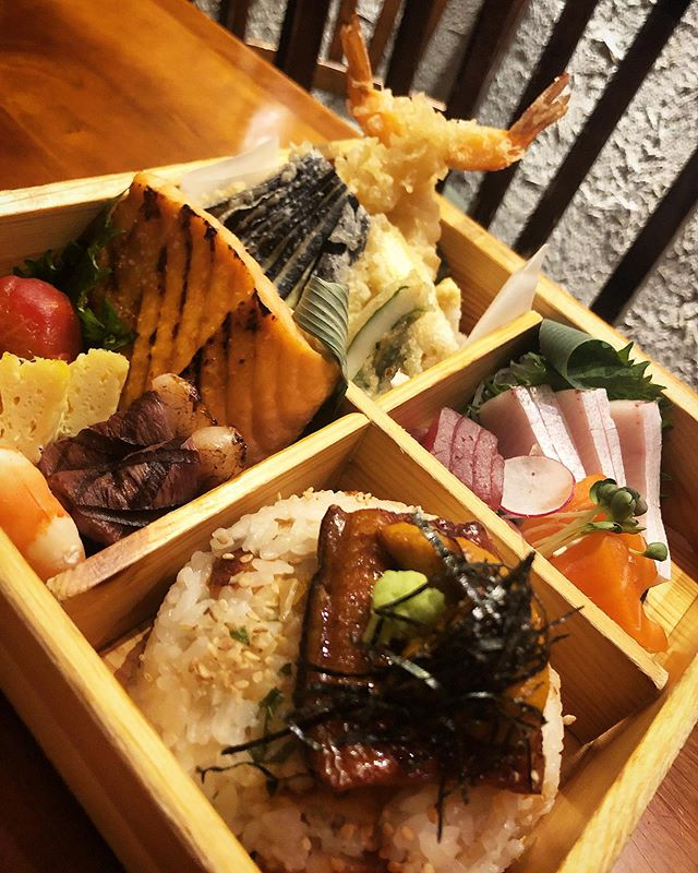 If you love Japanese food, come to Soba Totto. Enjoy a authentic Japanese experience. • • • • #salmon #bentobox #tempura #chefs #chefstalk #michelinguide #michelininspectors #professionalchefs #zagat #foodporn #newyork_ig #japanesetapas #foodpic #foodgasm #chefofinstagram #michelinrestaurant #michelininspectors #michelinguide