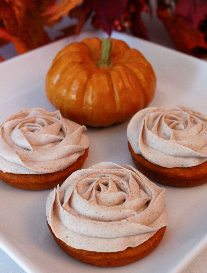 pumpkin-cupcake-tops2.jpg