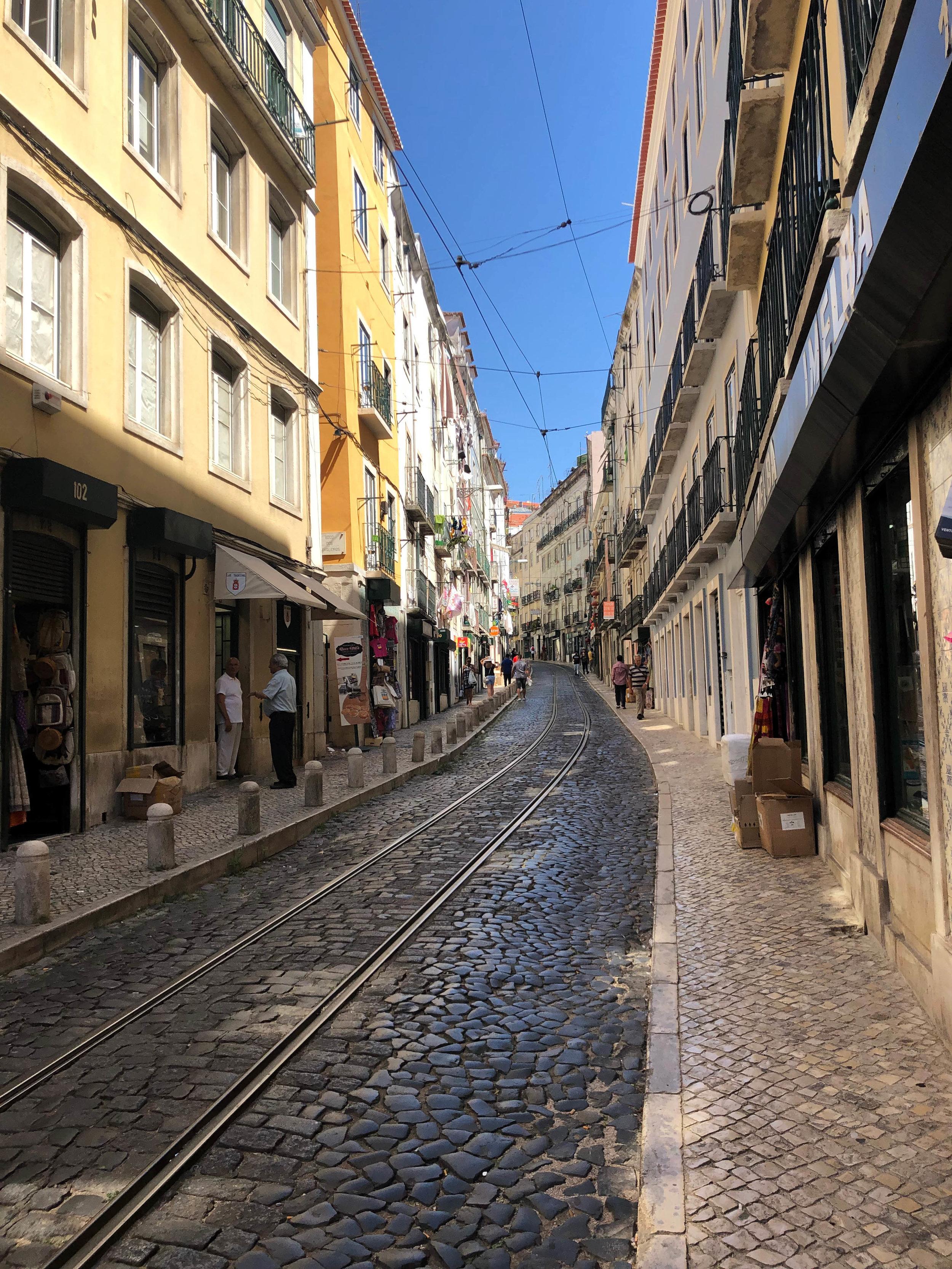 Lisboa Wondrous Abyss 2.jpg