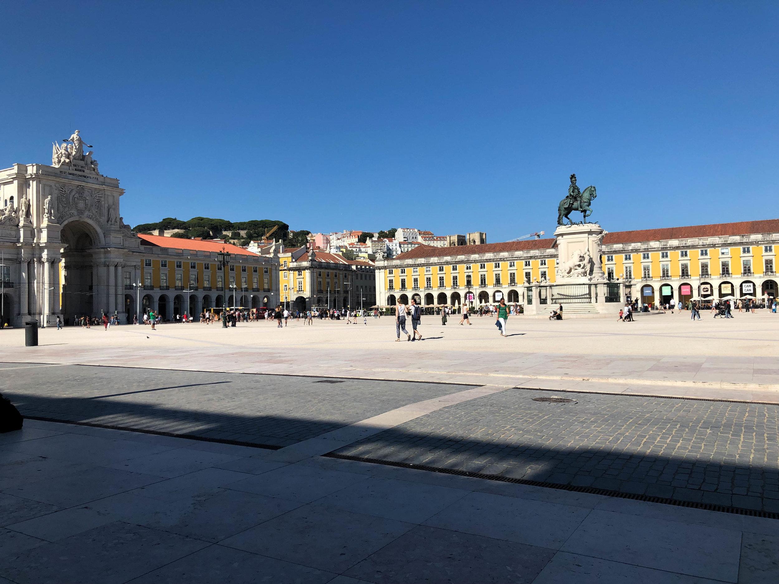 Lisboa Wondrous Abyss 32.jpg