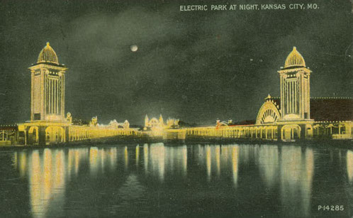 Vintage postcard of Electric Park. From Kansas City Public Library.
