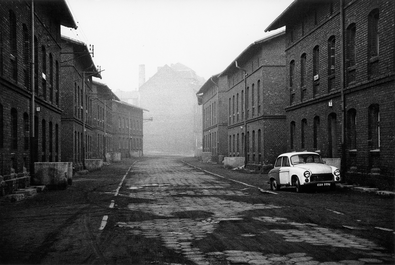 Michał Cała,  A street at the Pokój Steelworks II,  1986