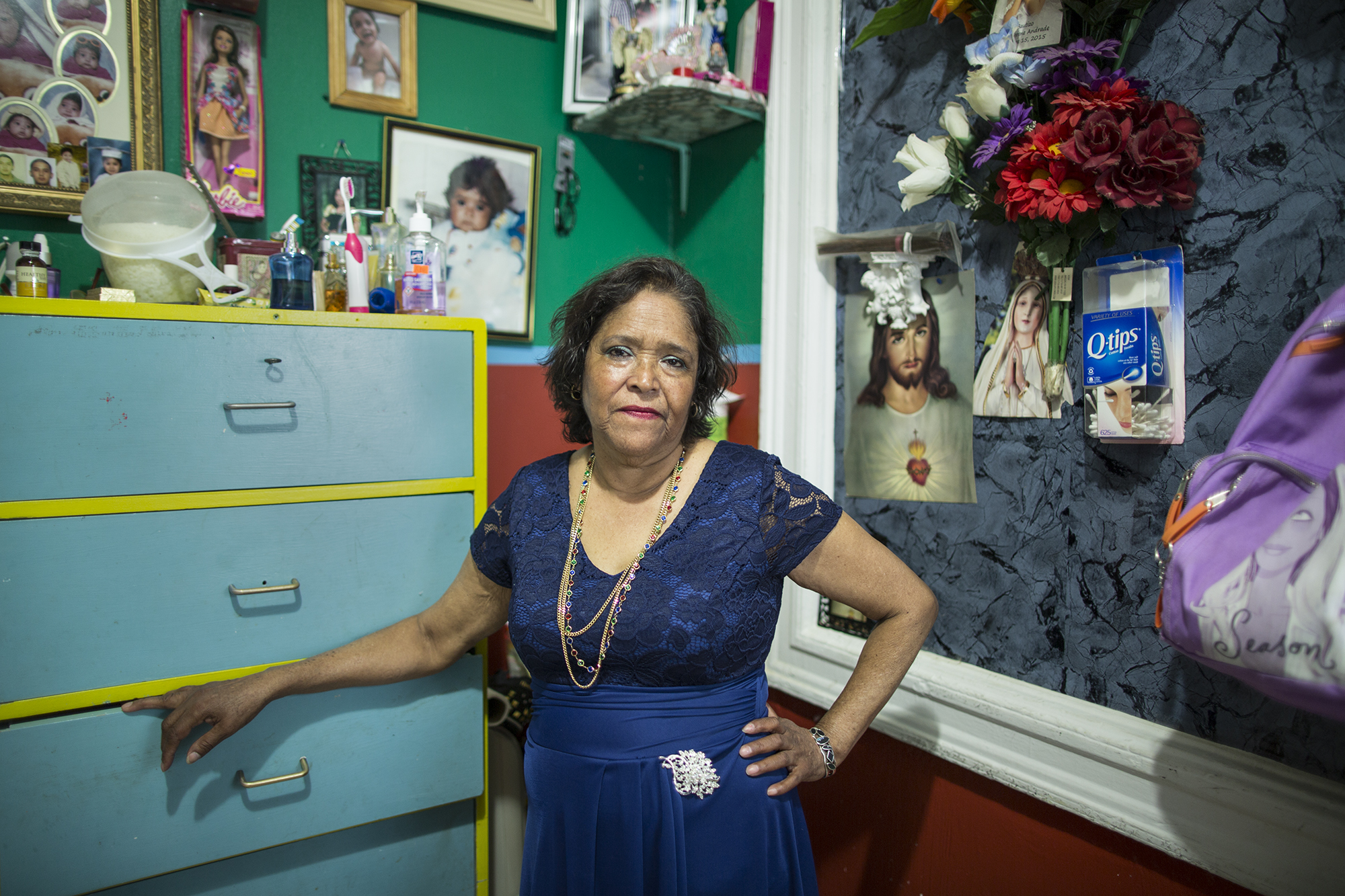 Irma Verduzco is from Morellia, Michoacán, México. She came to New York 26 years ago, having crossed the border with one of her two children. Actually, she has three jobs: cleaning houses, babysitting, and picking up plastic bottles out on the streets. She lives in Sunset Park, Brooklyn.