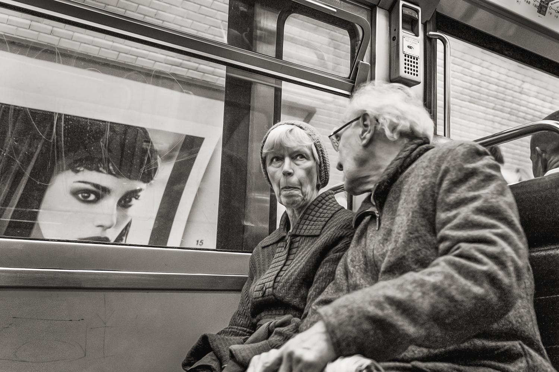 Stan Raucher,  Line 4 near Les Halles, Paris,  2007