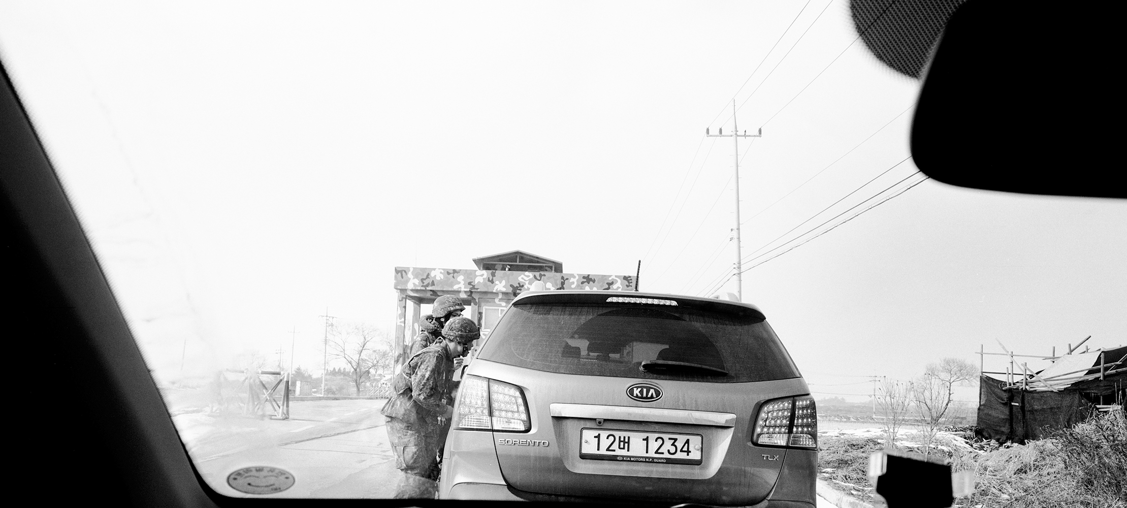Jinhyun Cha,  Car entering restricted area for civilians,  2014