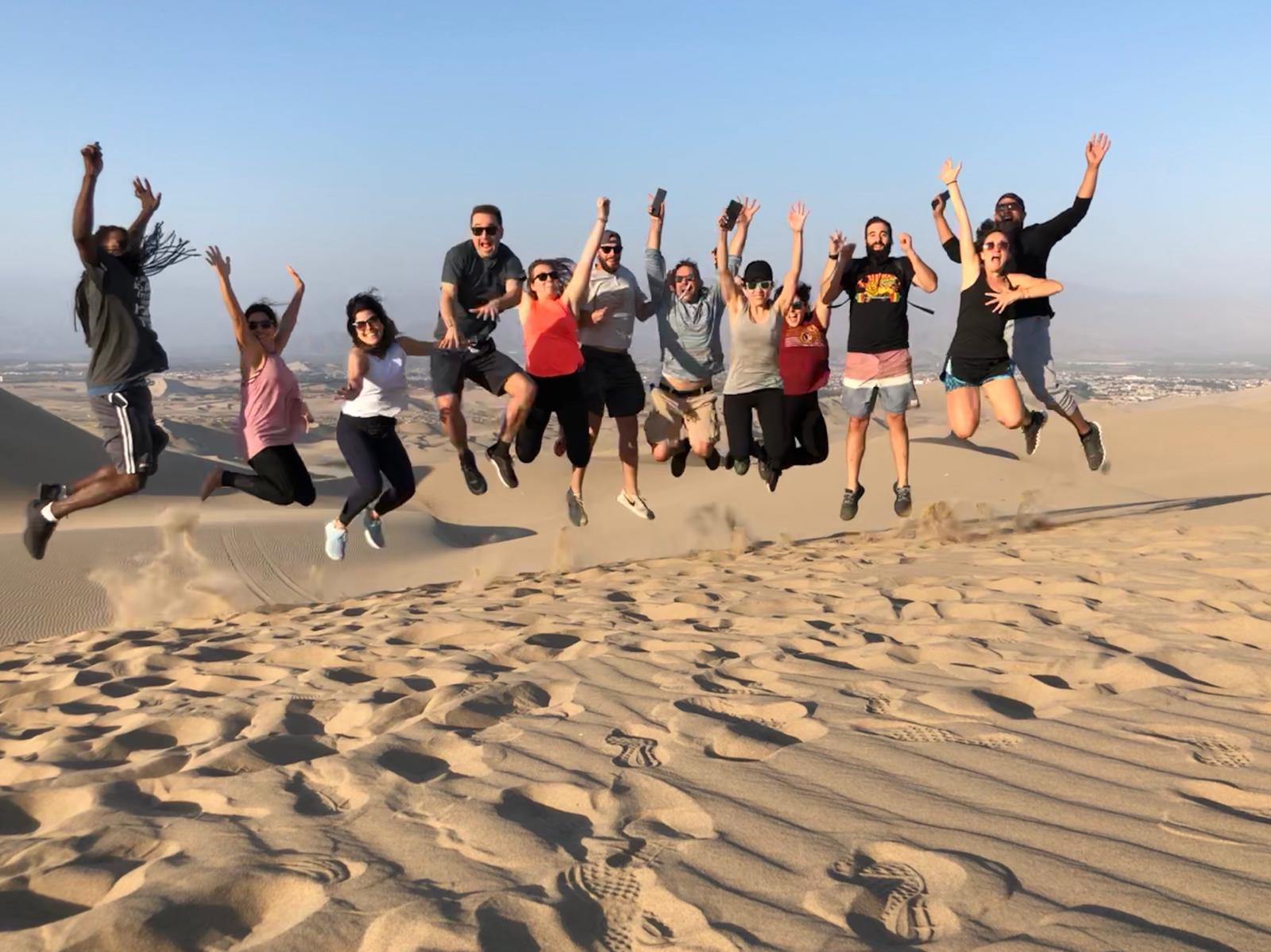 Group pic in the desert at Huacachina