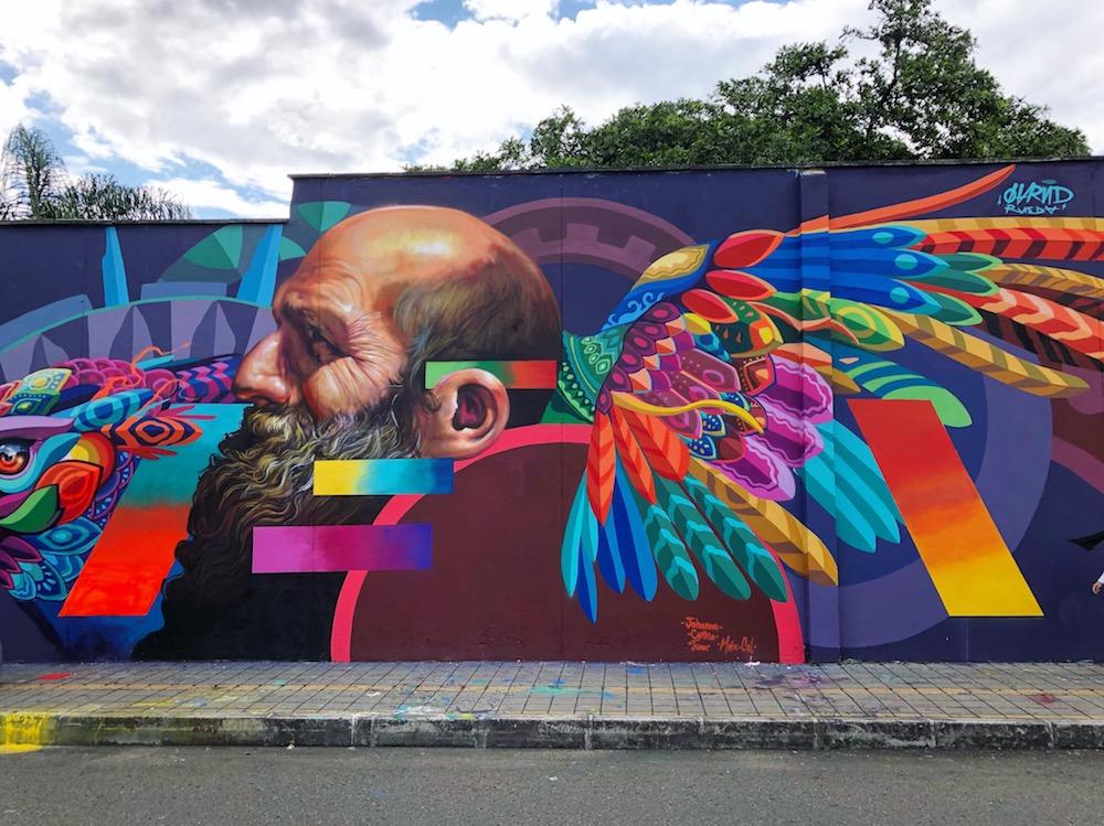 Graffiti in Poblado