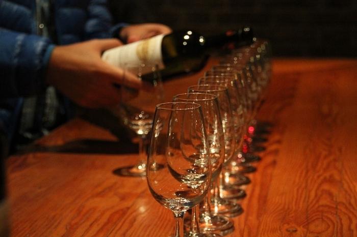 wine tasting-min.jpg