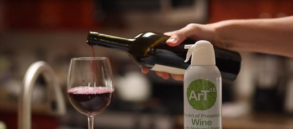 Pouring Wine with ArT Wine Preserver in Frame-min.jpg