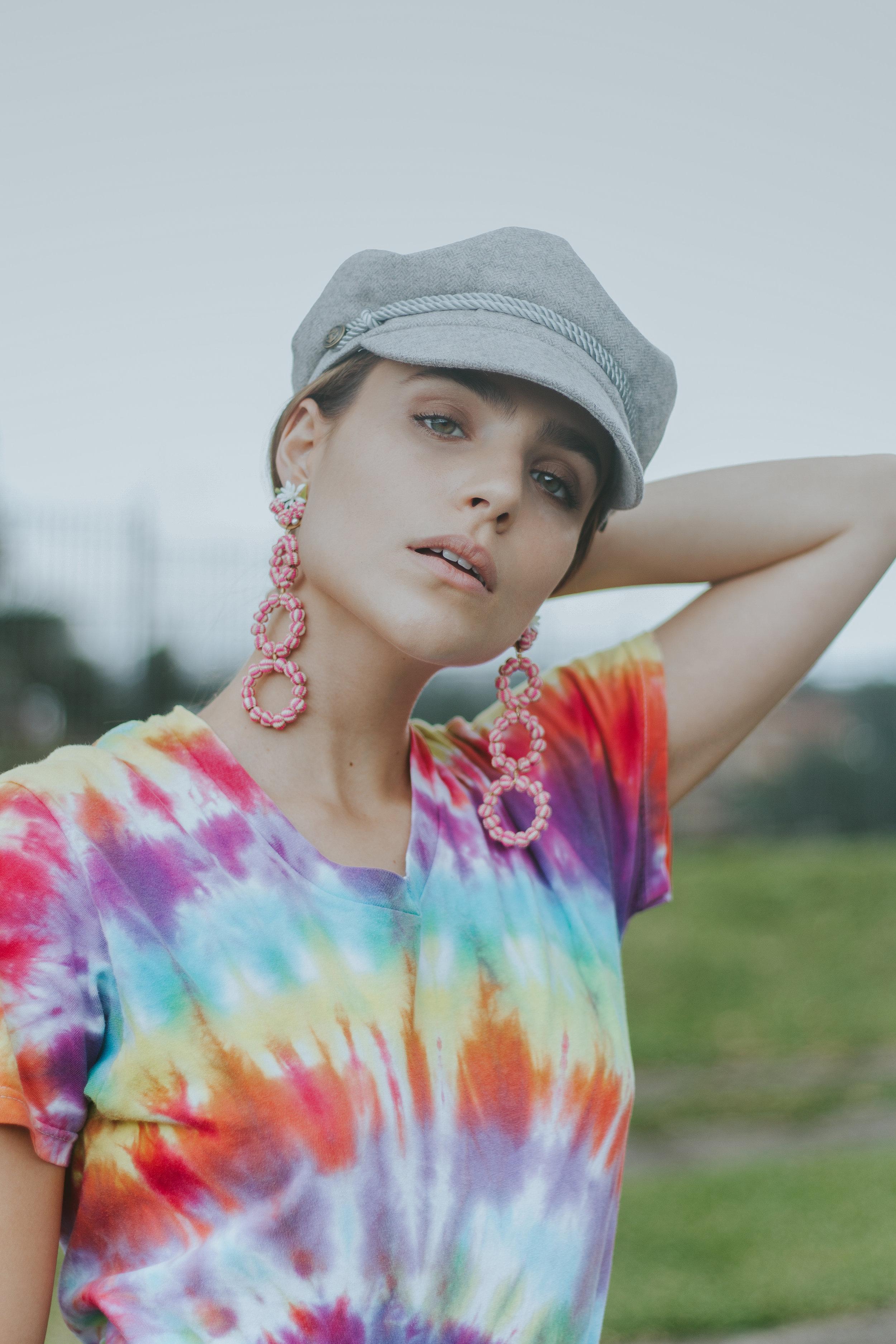 De Noche Vintage T-shirt  Mercedes Salazar earrings via Corazon de Piña