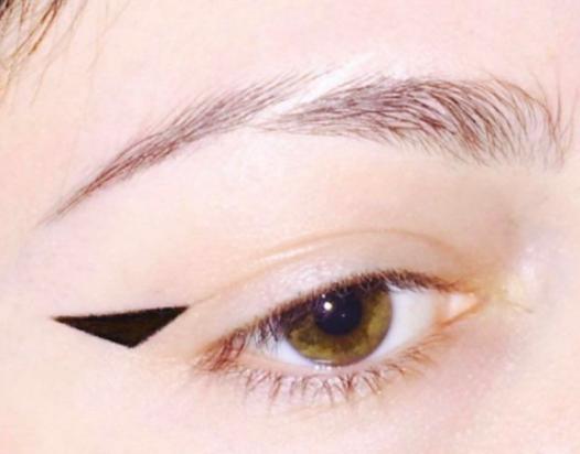 eye1.PNG