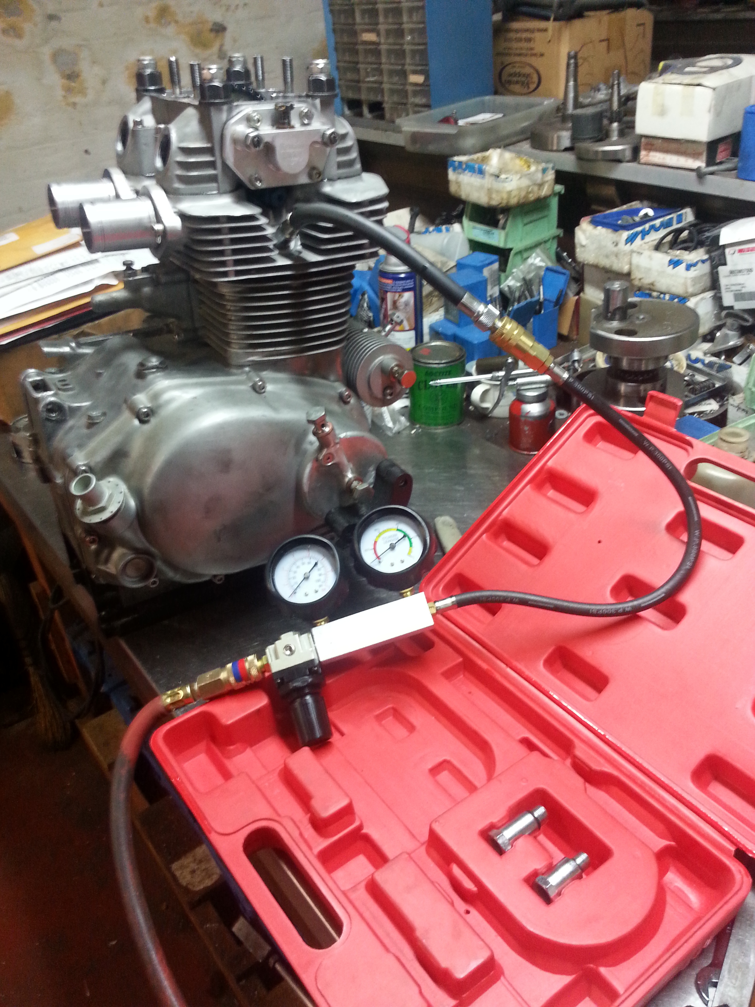 Mid season check up on a high spec CB350 Engine