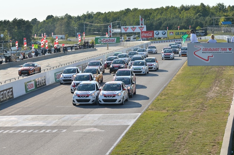 Nissan Micra Cup race start at Canadian Tire Motorsport Park (Mosport) in 2016
