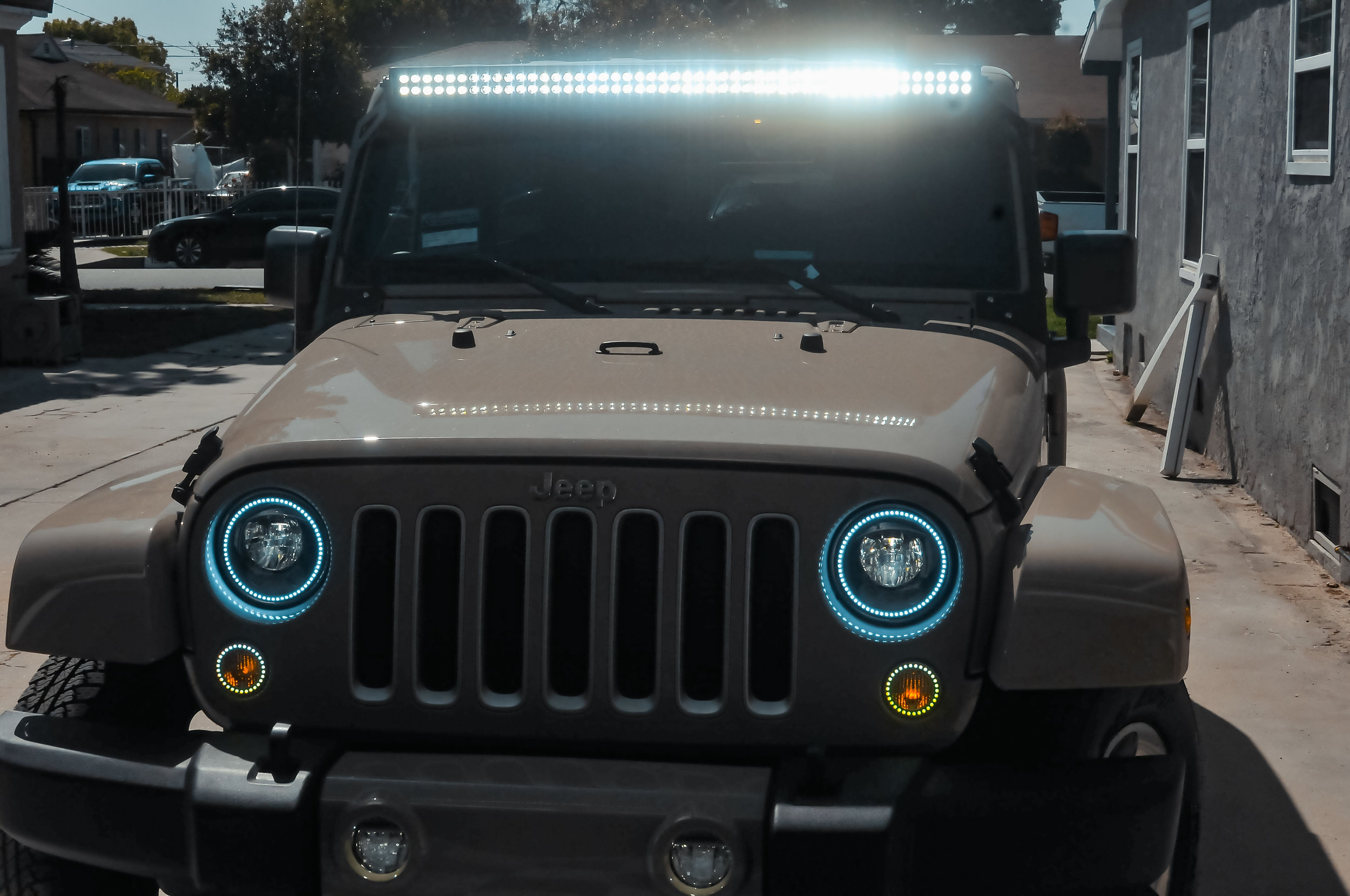 LED Light Bar Installs - The light bar trend is hot. And for a good reason! Most trucks looks hot with light bars and there's a major benefit to using them when going Off-Roading.
