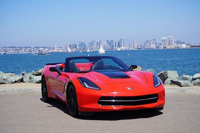 ☀️ Bring on the sunshine, San Diego!! Introducing our newest member to our fleet. She bold, she sassy and she can be delivered to you topless!🤘🏻 #rent #luxecarcollective #corvette #stingray #sandiego #habor #pointloma #carinstagram #carshare #delivery #topless #rental #experience #life