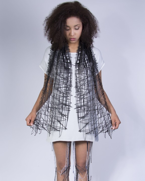 WEARABLE DRAWINGS-LOOKBOOK -