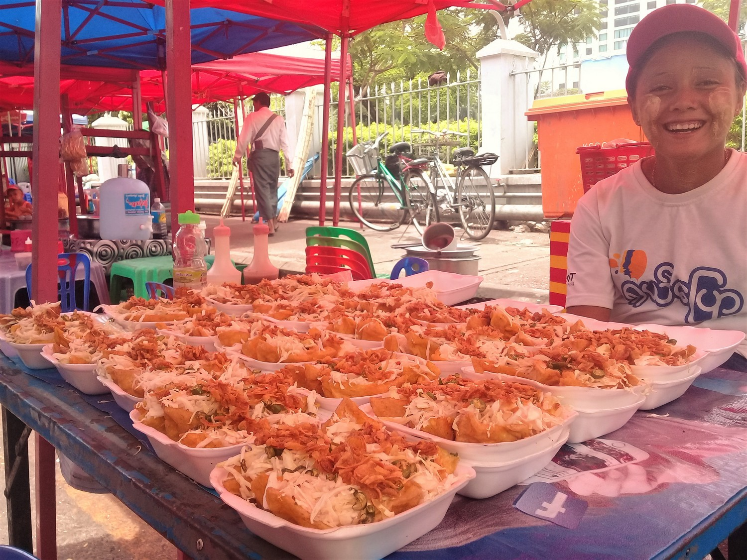 Copy of Yangon evening street food tour: stuffed tofu