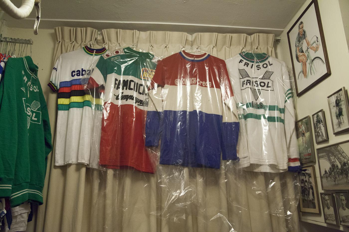 Cycling_Jerseys.jpg