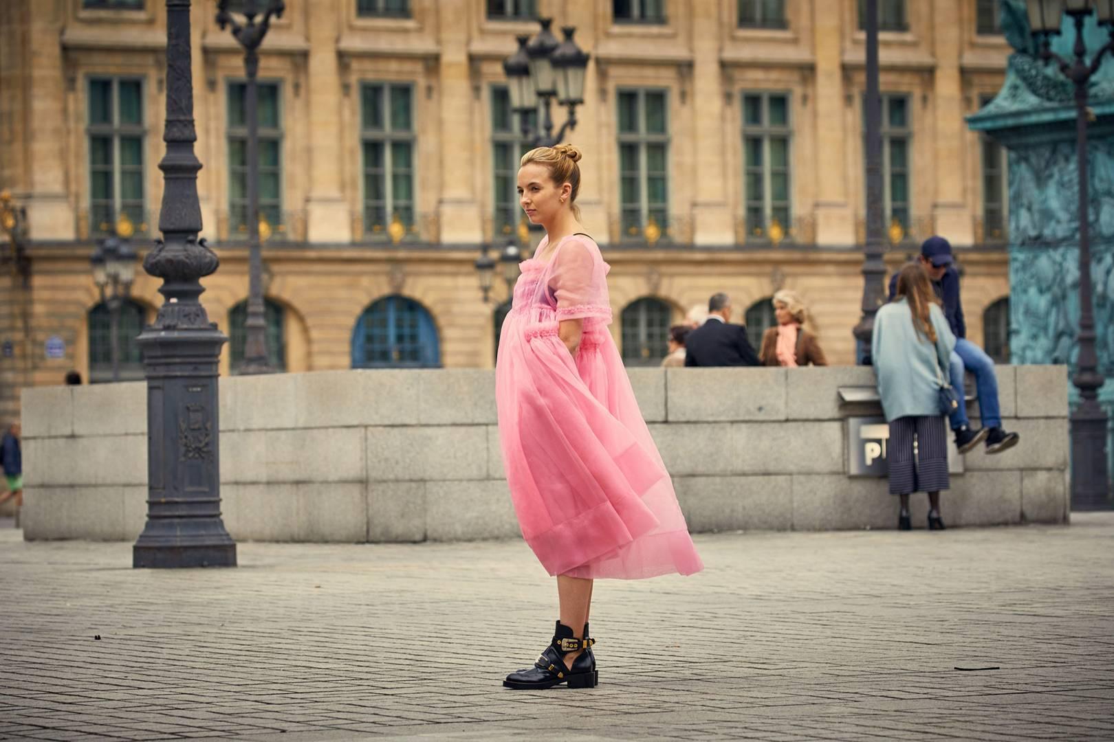 То самое платье… Розовый шик от  Mollly Goddard  Source: Vogue UK